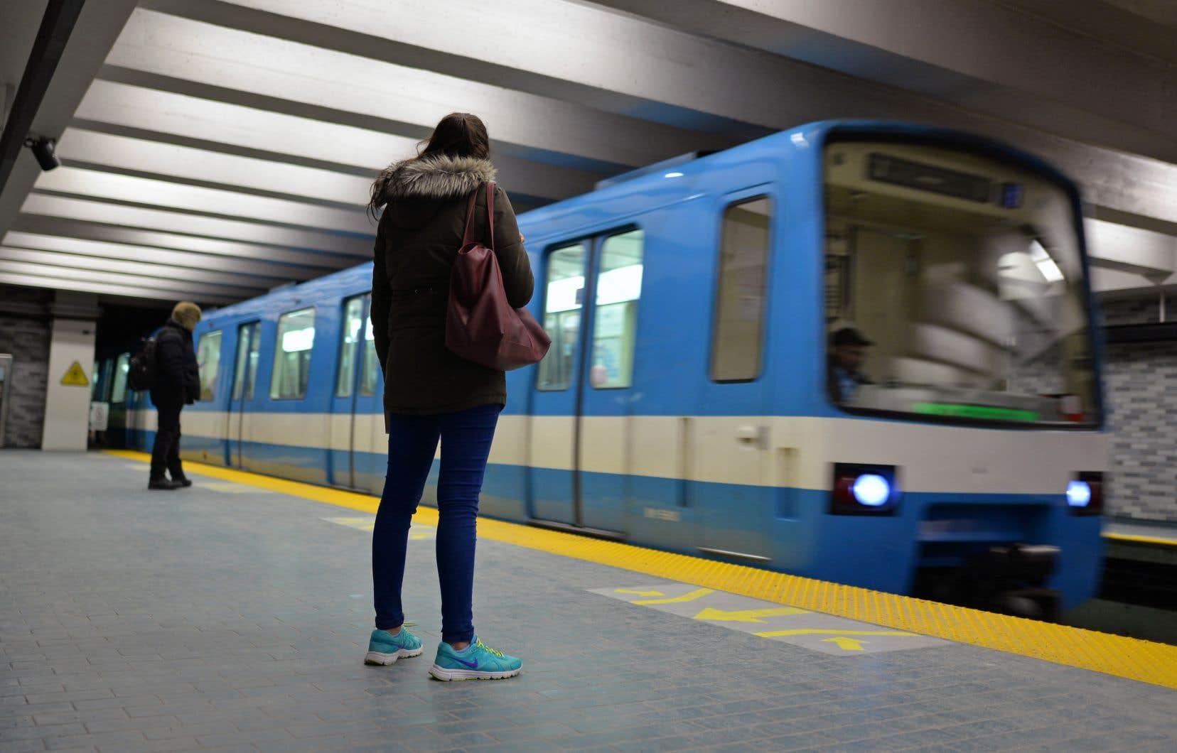 Le prolongement de la ligne bleue, avec ses cinq nouvelles stations, coûtera 3,9milliards.