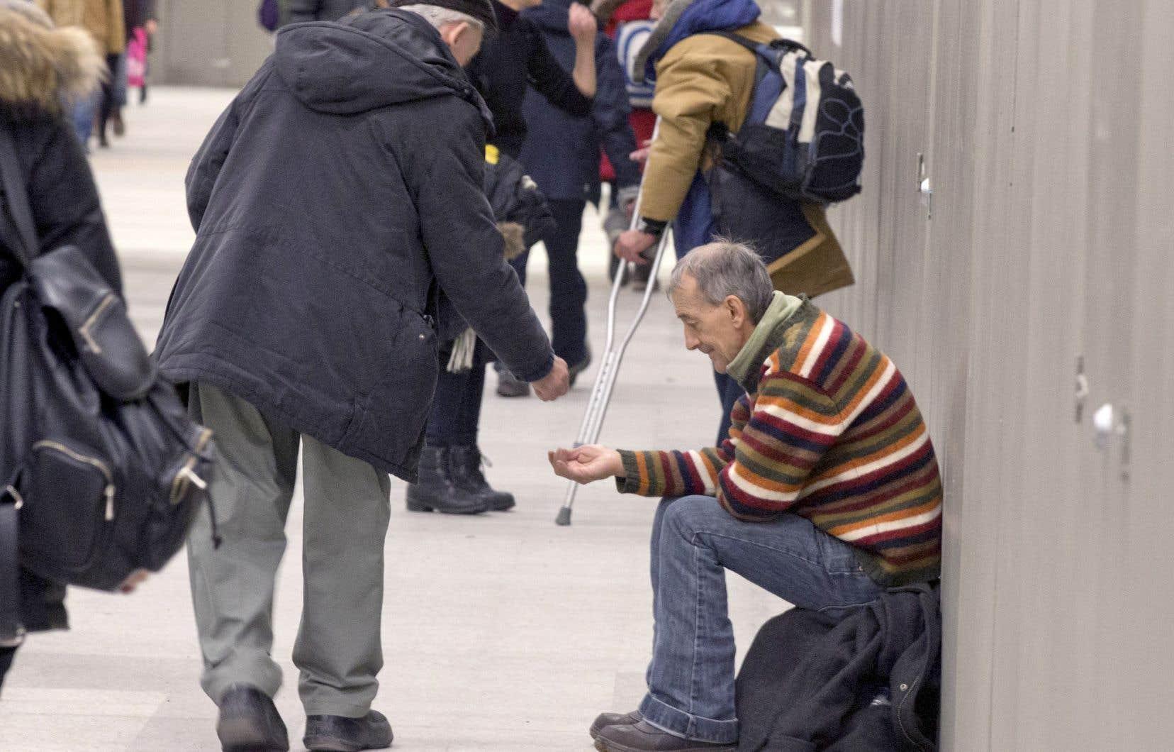L'inégalité est plutôt forte au Canada, mais elle est cependant plus faible au Québec.