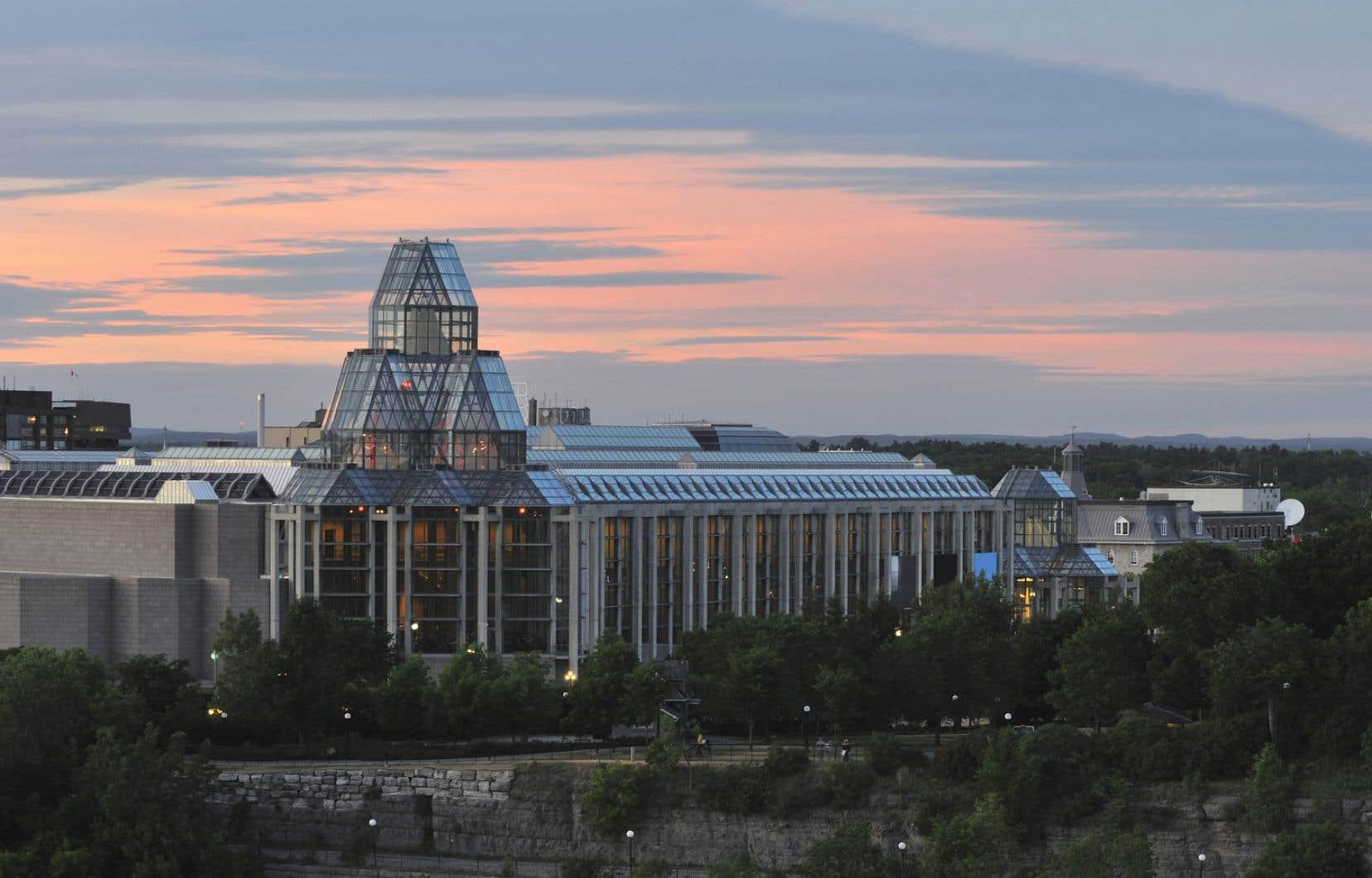 Le Musée des beaux-arts du Canada n'est pas une banque; notre patrimoine national n'est pas à vendre, s'insurge l'auteure.