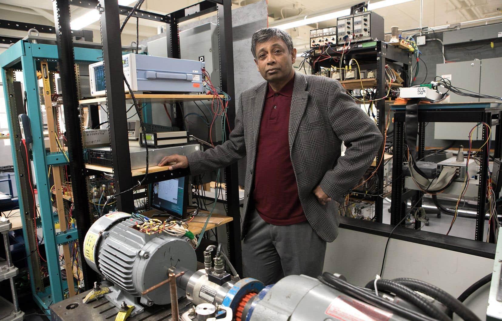 Pragasen Pillay, dans son laboratoire de l'Université Concordia
