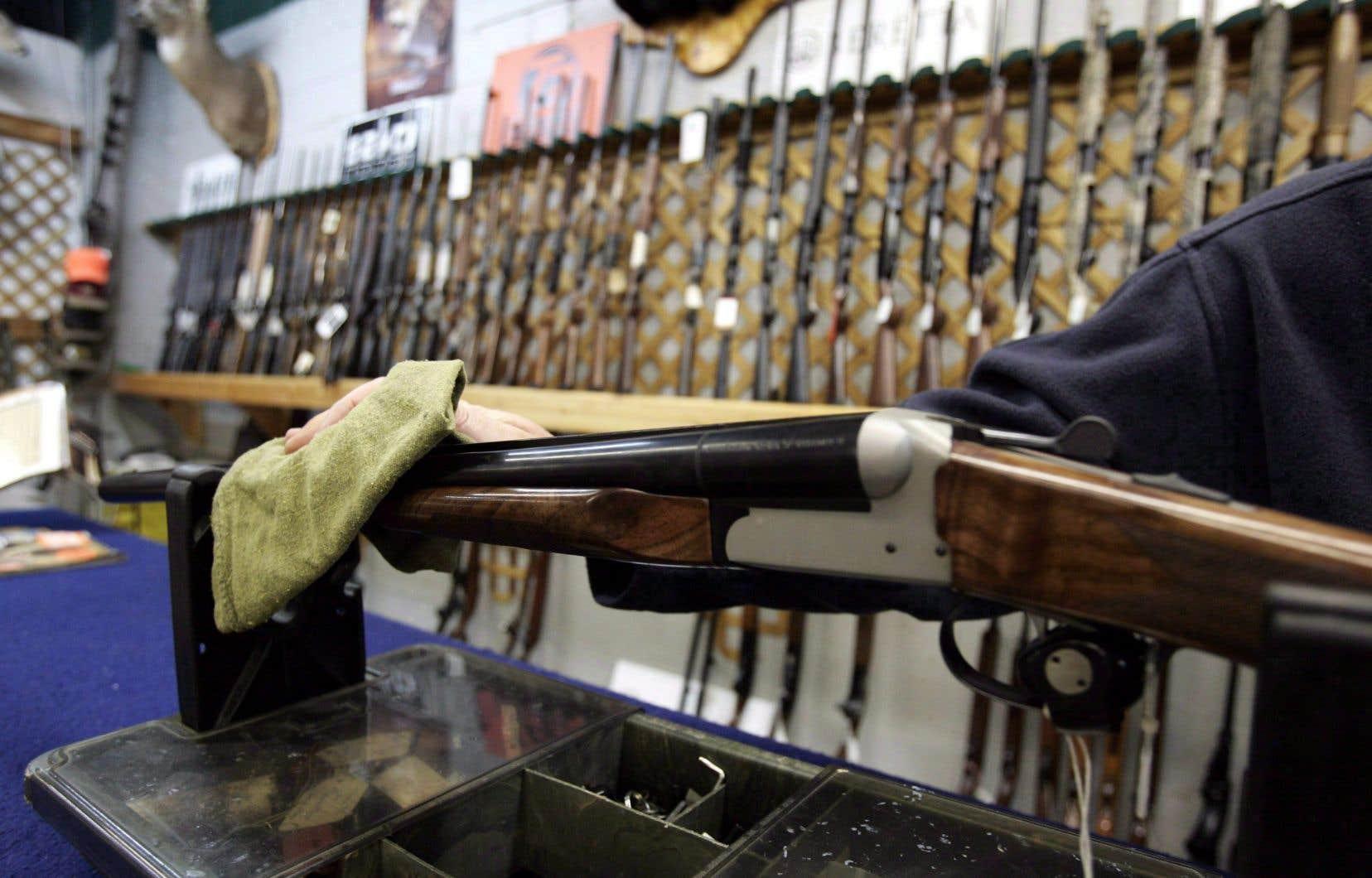 Le contrôle des armes à feu est un enjeu polarisant, mais cela est vrai autant dans le camp libéral que conservateur.