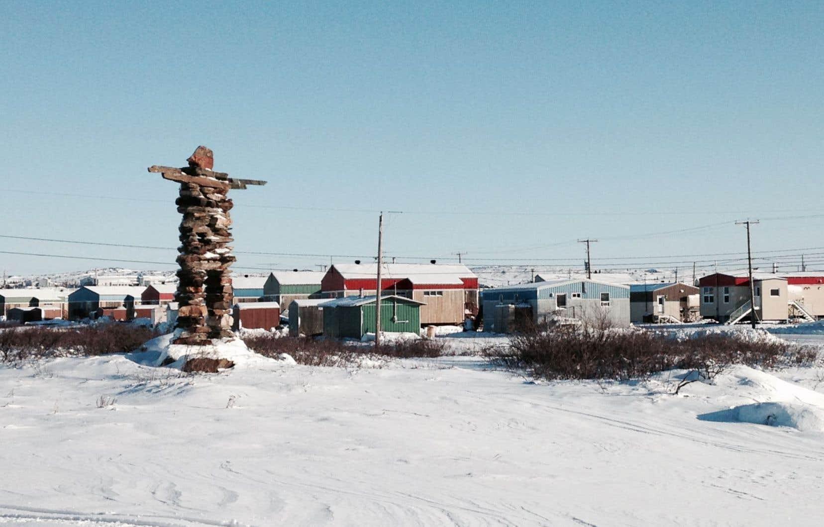 Au Nunavik, les enfants malades doivent être évacués par avion. Sur la photo, le village de Kuujjuaq.