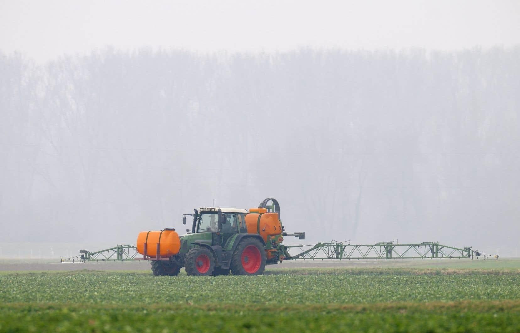 «On reproche à l'ARLA d'homologuer les pesticides sur la seule foi des études des fabricants.»