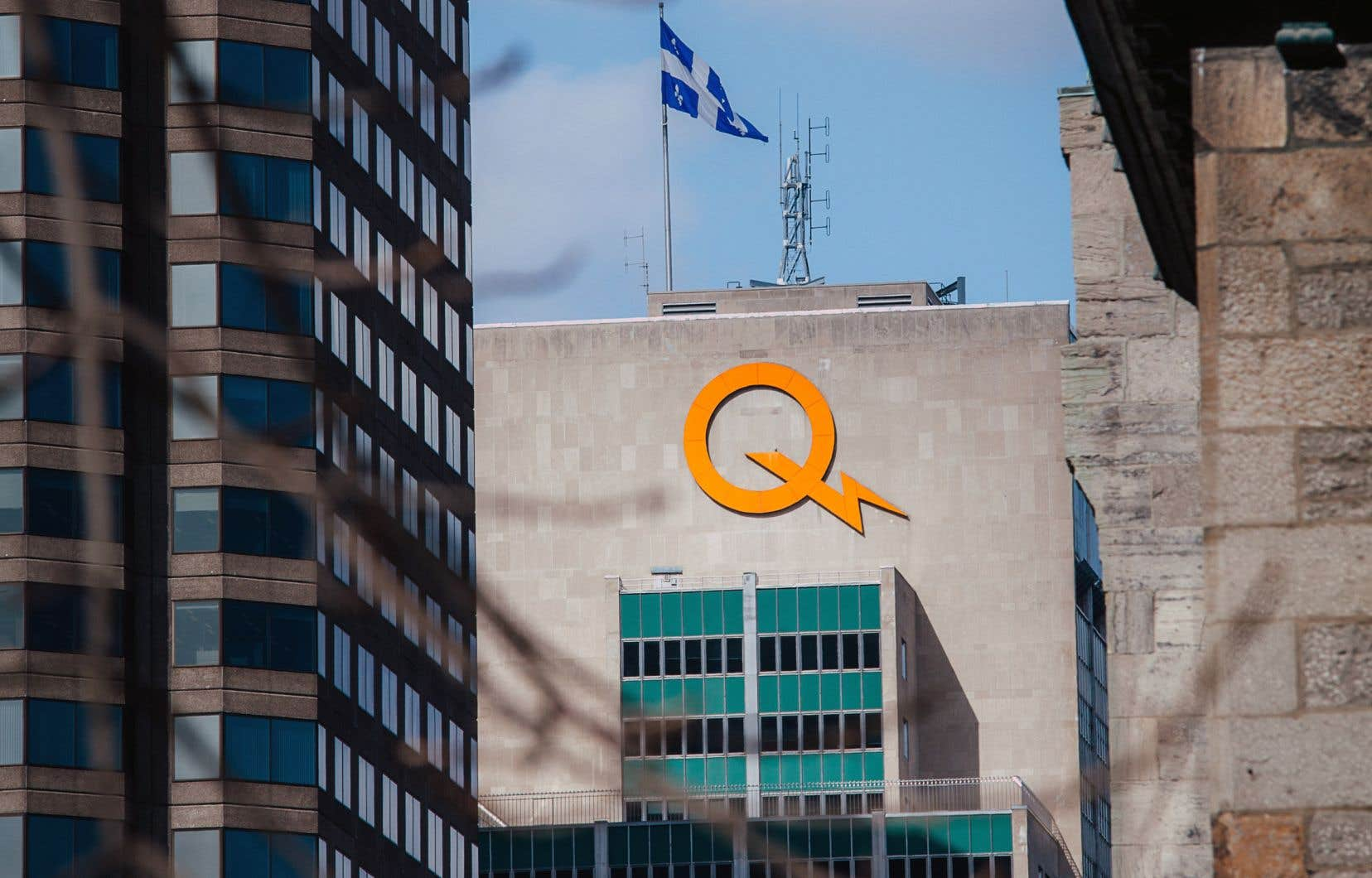 Le développement de la filière éolienne d'Hydro-Québec au cours des années 2000 faisait partie d'un désir de stimuler l'économie des régions.