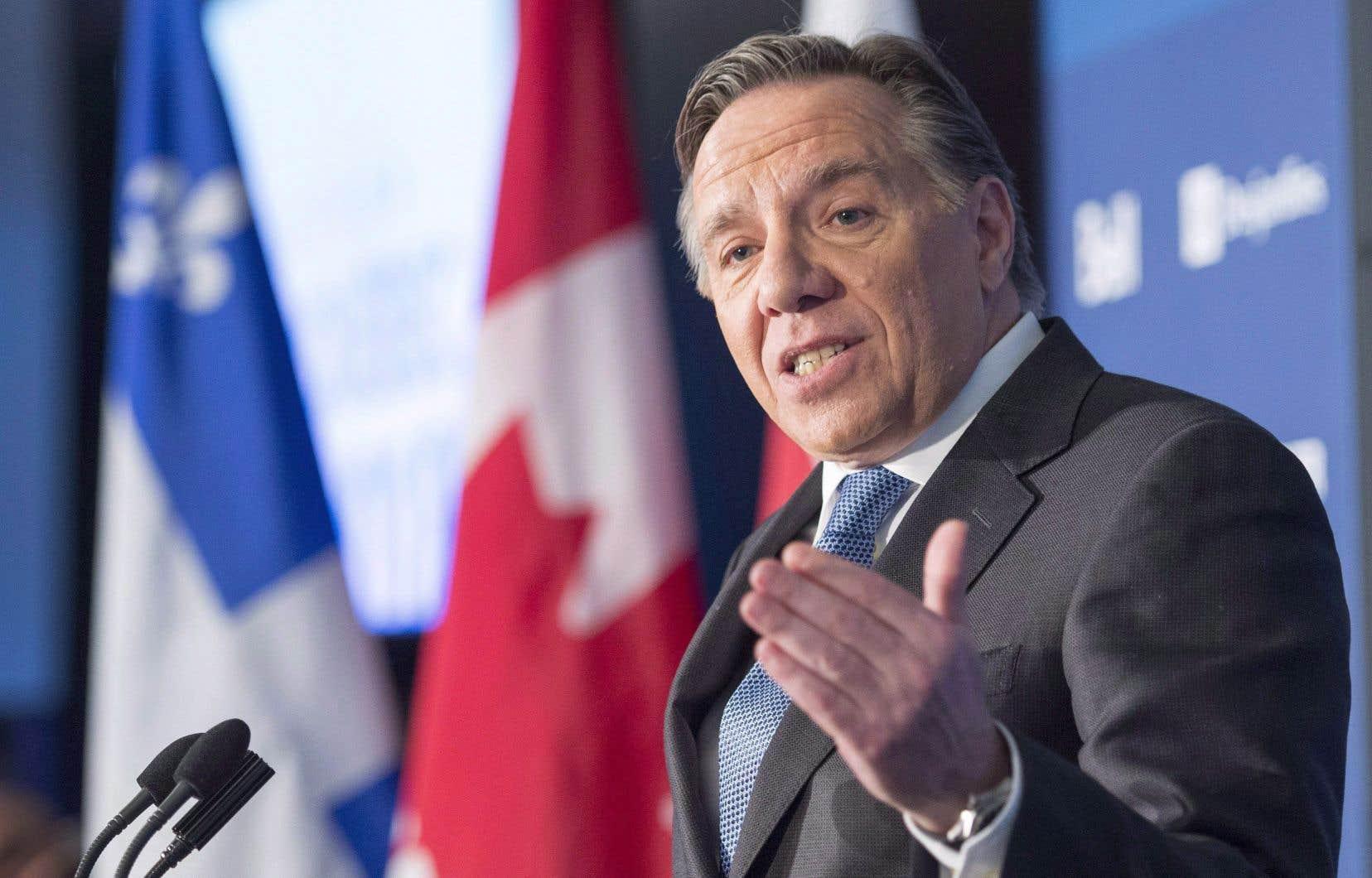 Selon le nouveau sondage, les intentions de vote pour le chef de la Coalition avenir Québec, François Legault, se stabilisent.