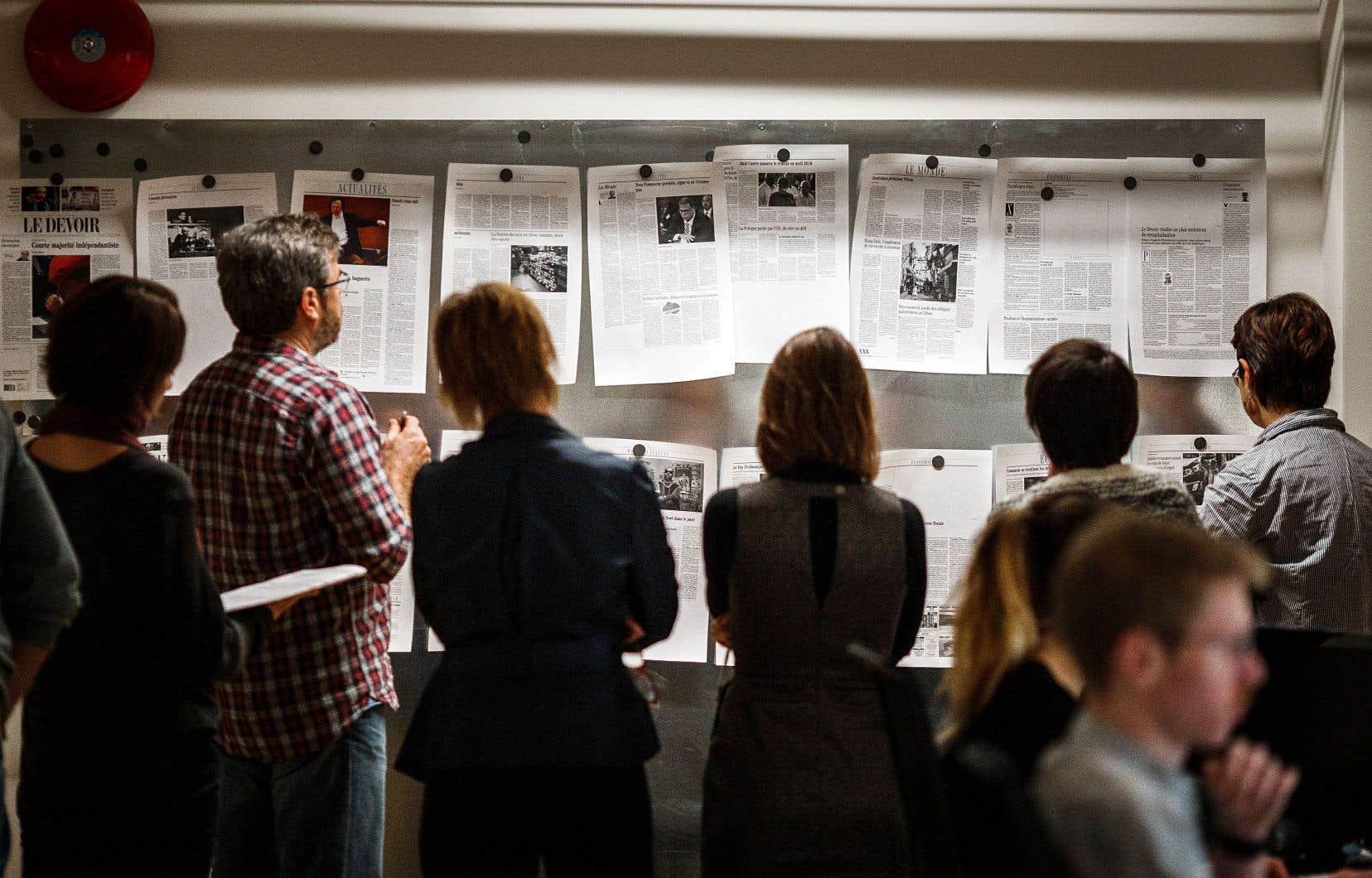 «Le Devoir» se base sur un modèle où la valeur de l'information provient du prix que les lecteurs sont prêts à payer pour soutenir le journalisme de qualité.