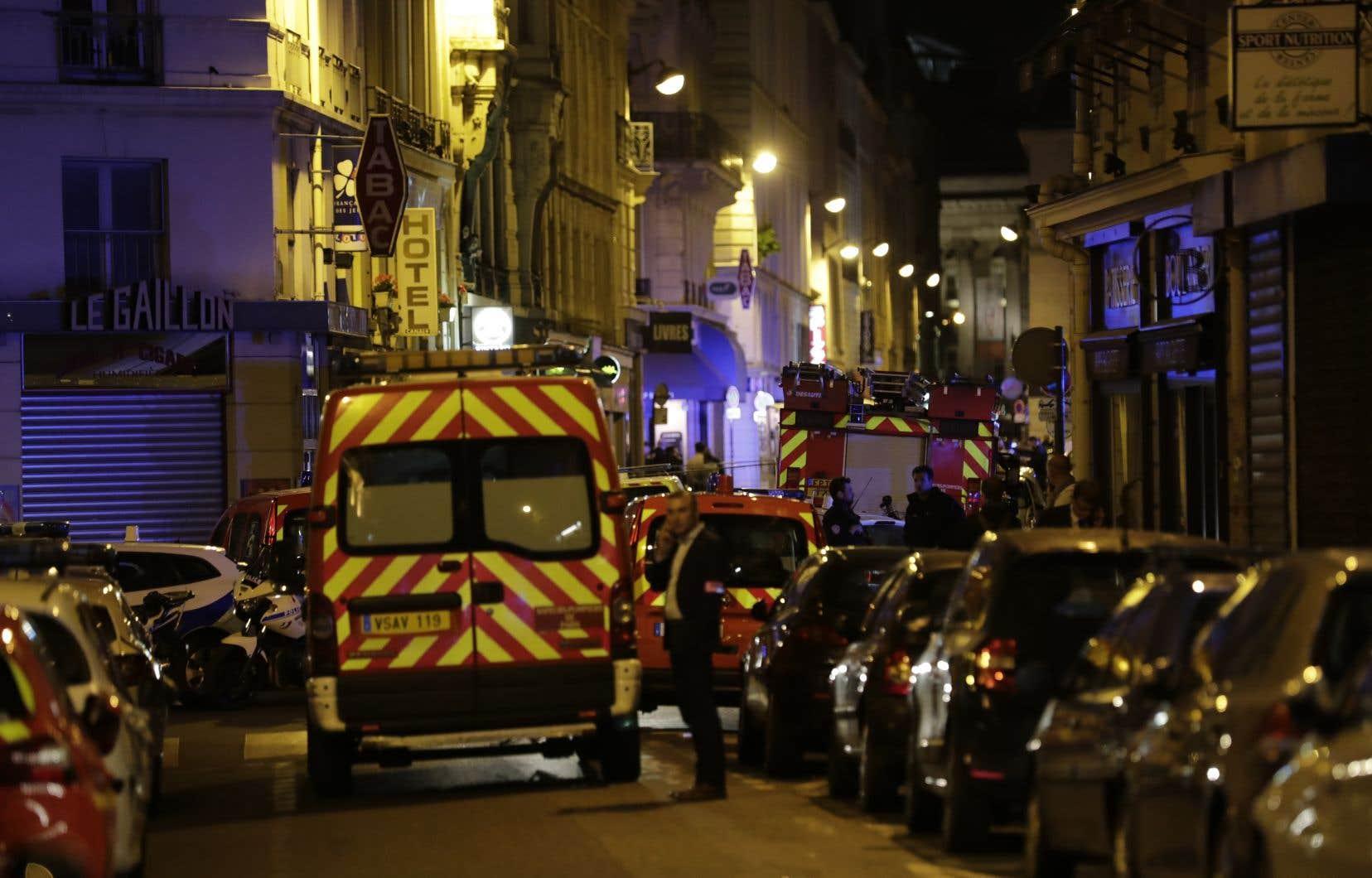 L'attaque est survenue en plein coeur de la capitale française, dans le 2e arrondissement.