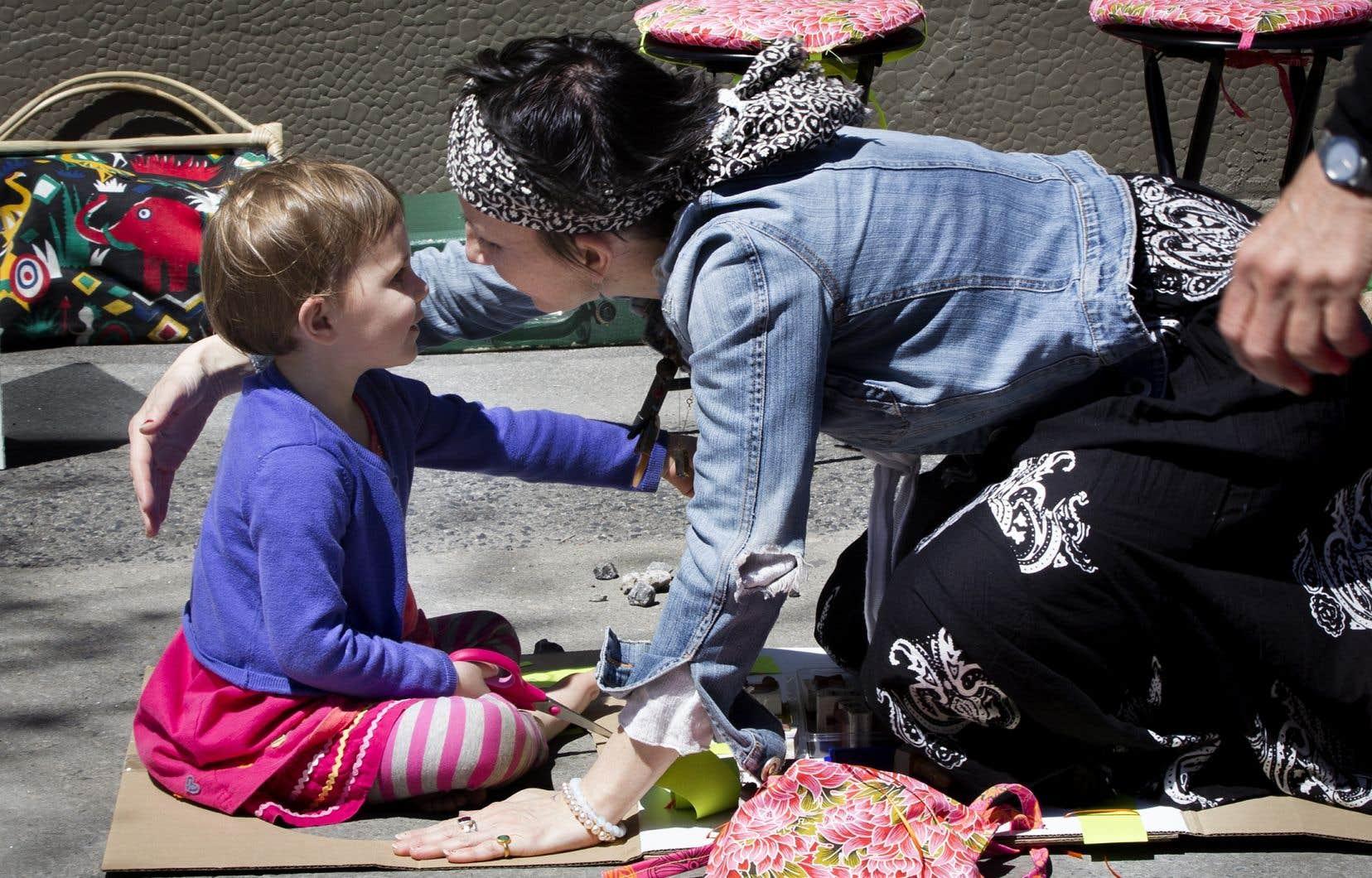 Plus de 60% des Québécois disent célébrer la Fête des mères.