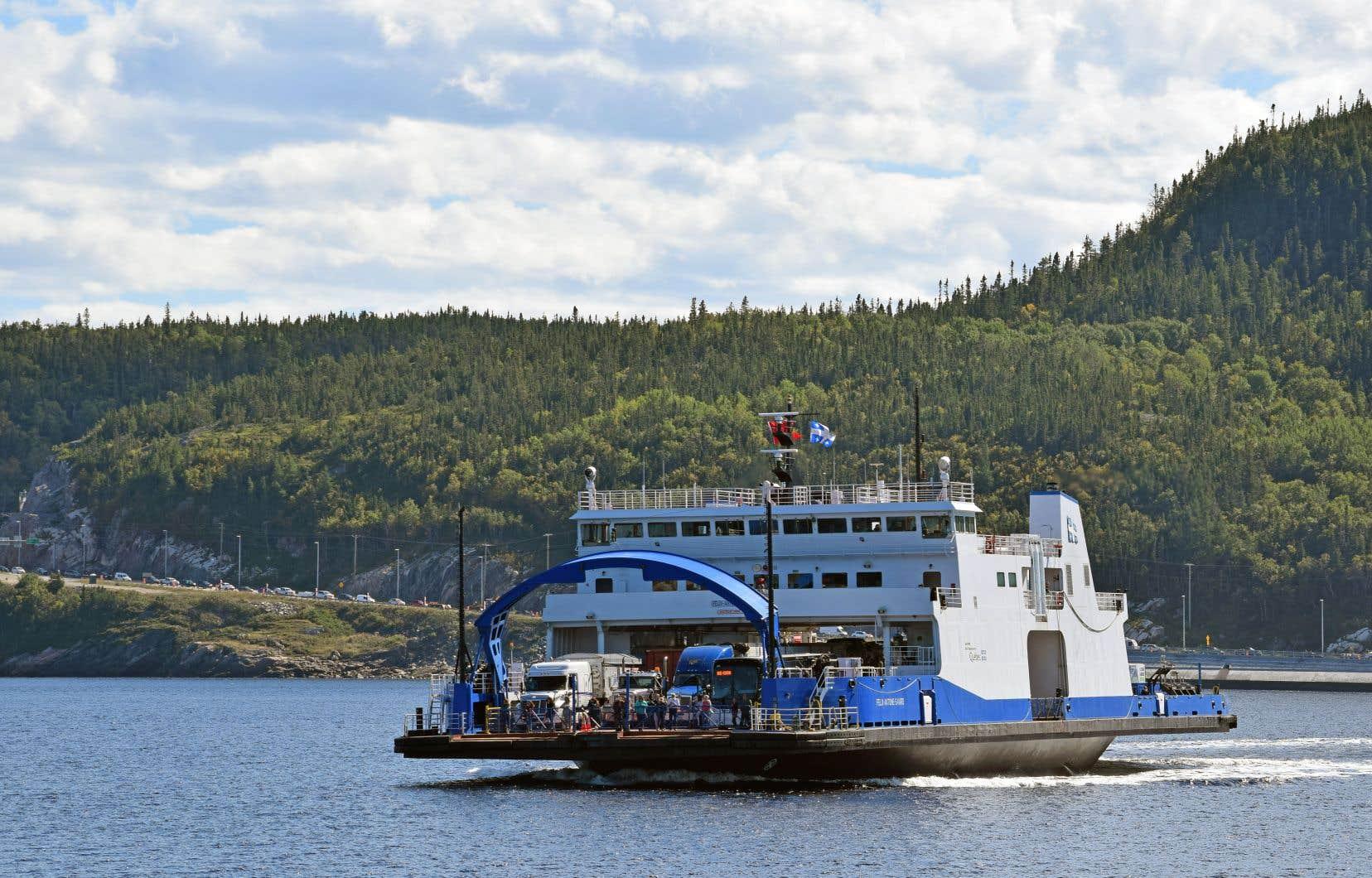 Les traversiers actuels permettent une capacité de transport de 75 véhicules. Ce nombre doit passer à 110 avec les nouveaux bateaux.