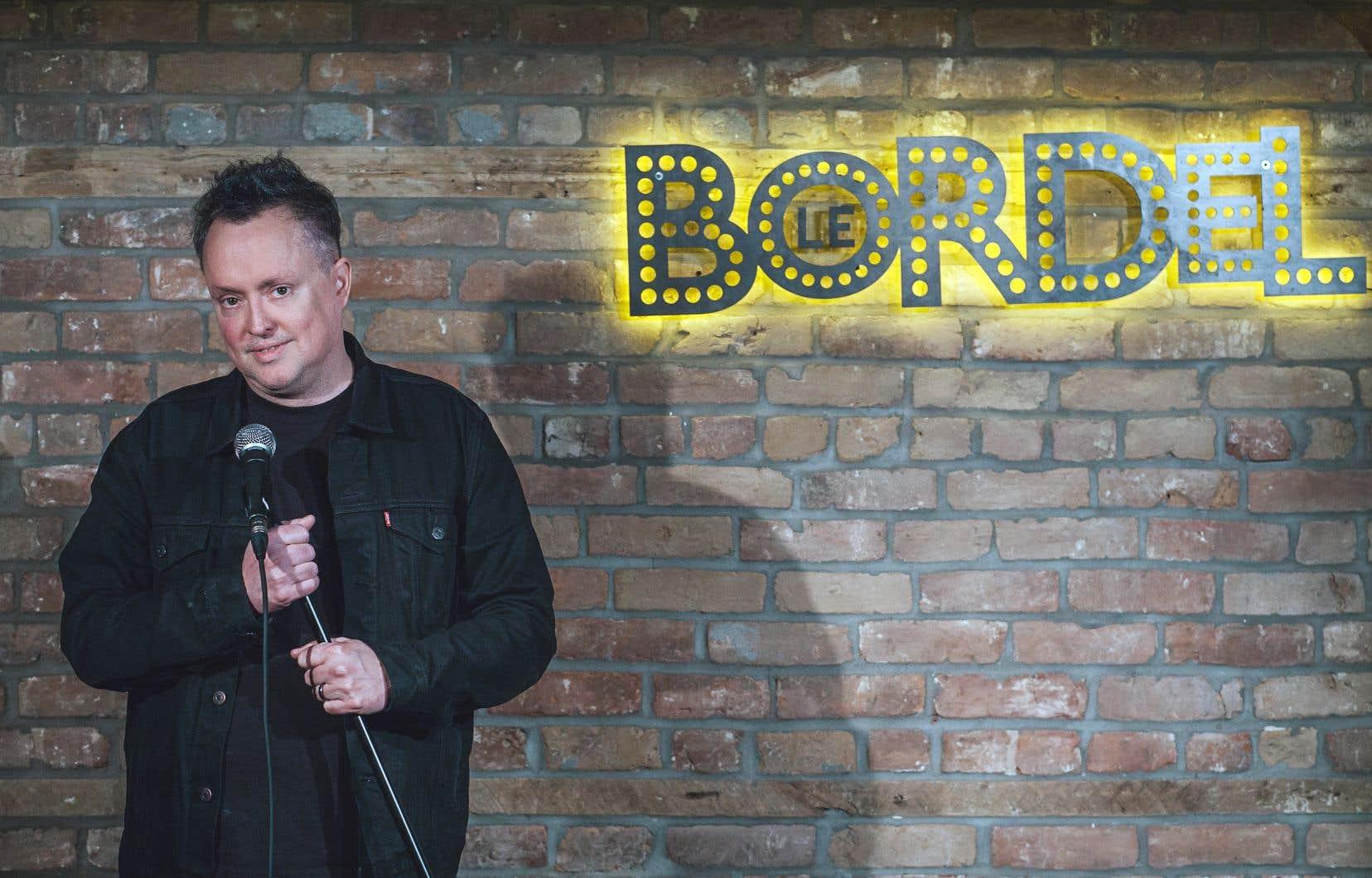 Mike Ward figure dans la liste des humoristes qui participeront au ComediHa ! Fest-Québec en août prochain.