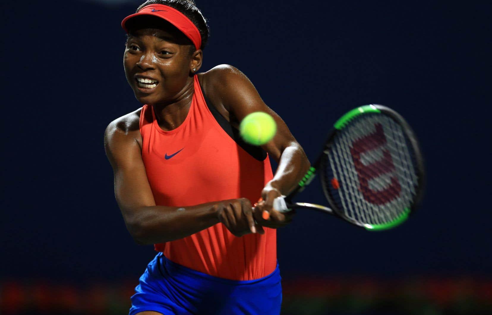 La joueuse de tennis montréalaise Françoise Abanda