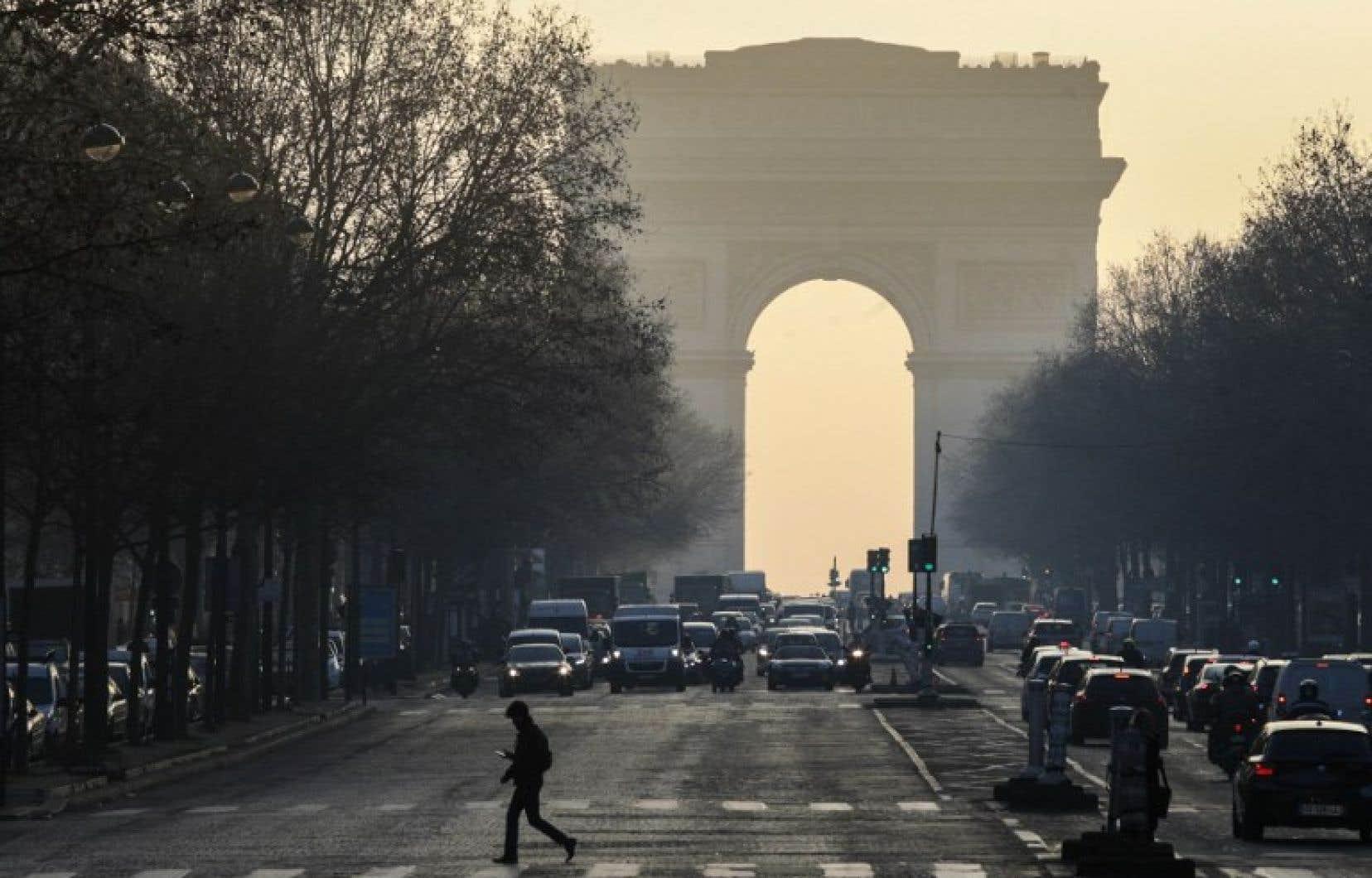 Selon l'Agence européenne de l'environnement, la pollution aux particules fines est responsable de près de 400000 décès prématurés par an.