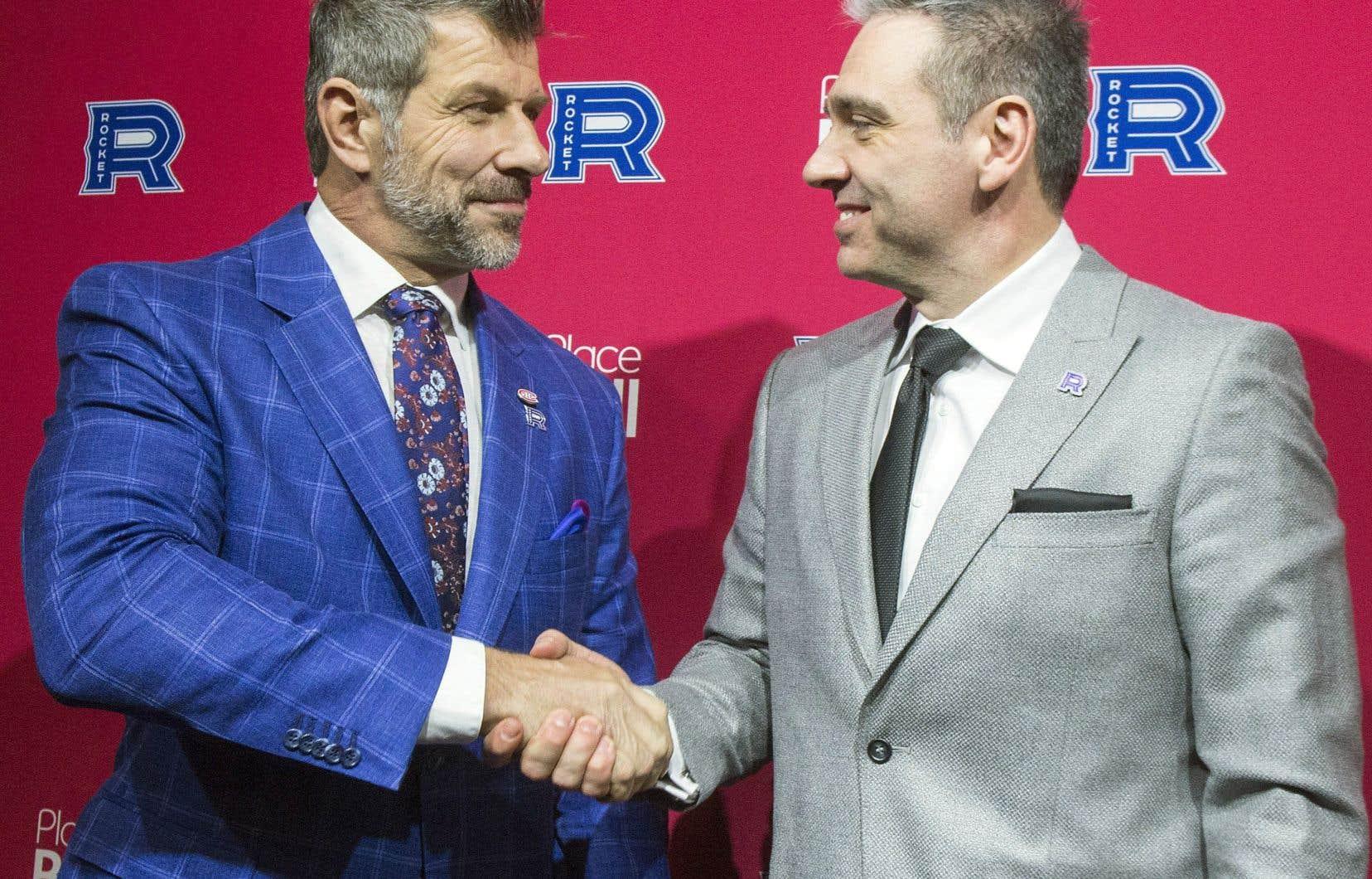 Le directeur général du Tricolore, Marc Bergevin, a nommé Joël Bouchard à titre d'entraîneur-chef de son club-école de Laval.