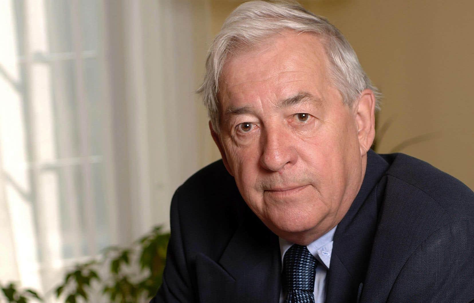 Jacques Lacoursière s'est imposé dans le temps comme un historien autodidacte.