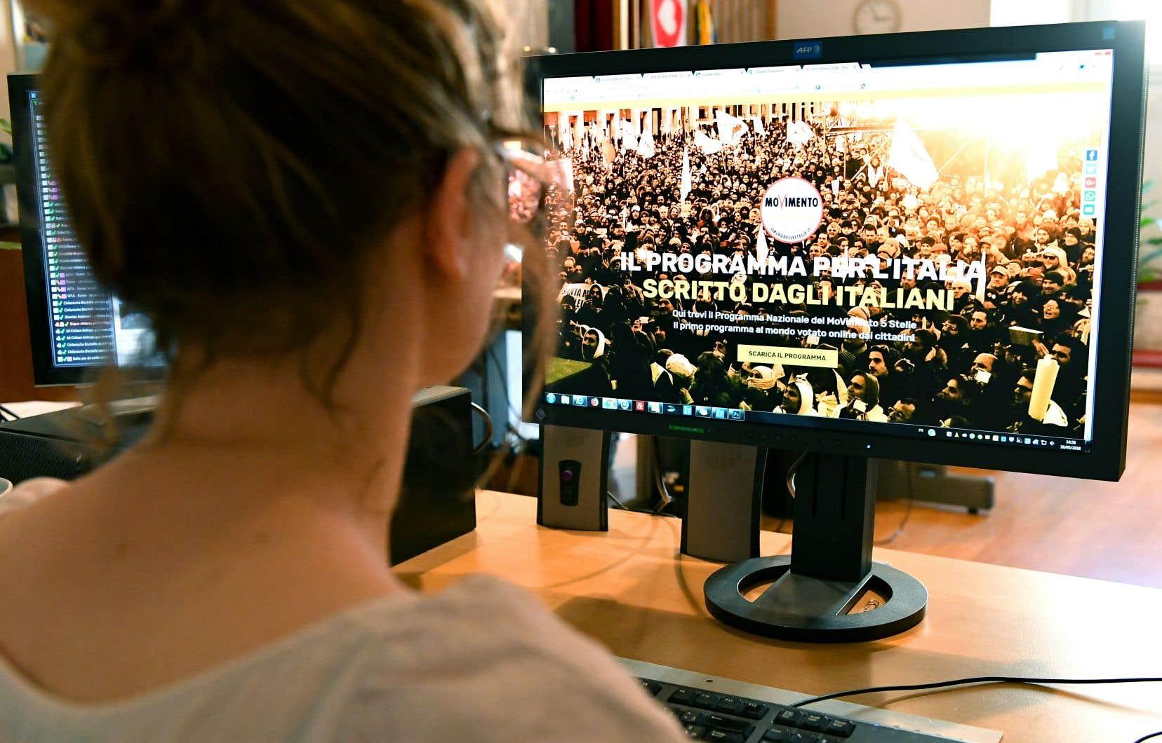 Invités à voter toute la journée sur «Rousseau», la plate-forme Internet du M5S, les militants de cette formation prônant la démocratie participative depuis son lancement en 2009 par le comique Beppe Grillo ont approuvé «à plus de 94%» le programme.