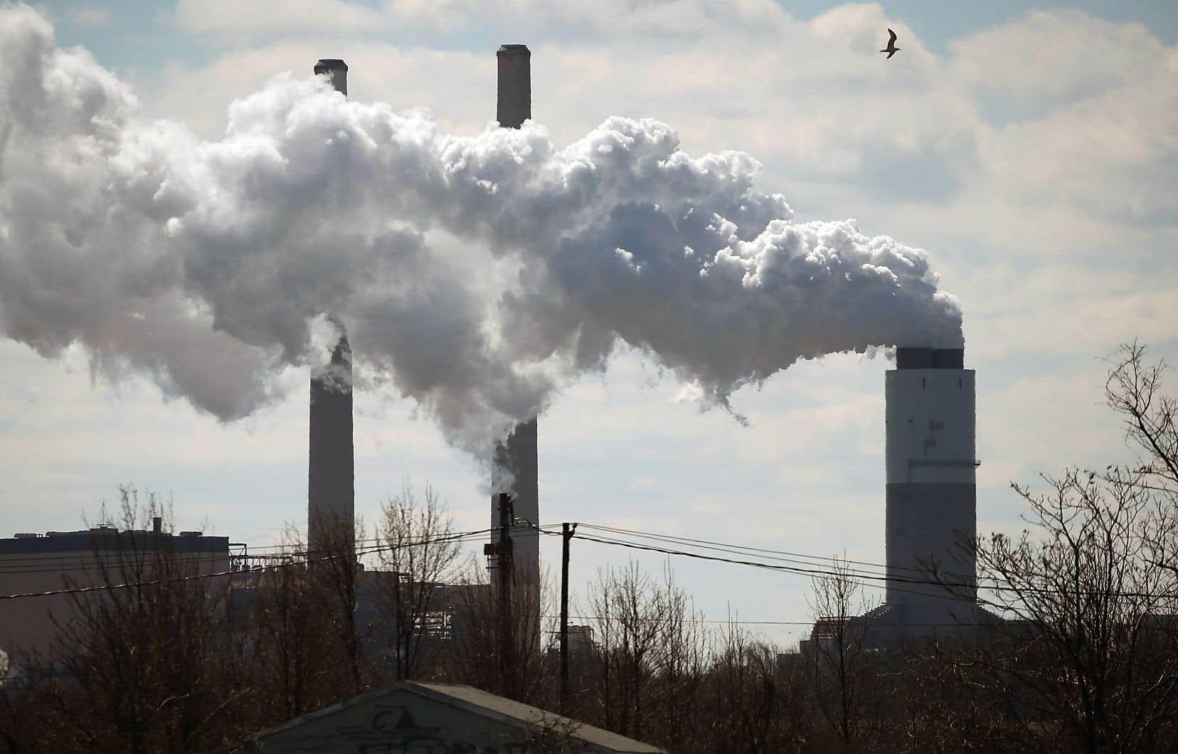 Le plan canadien prévoit que le prix du carbone passera graduellement de 10$ à 50$ la tonne.