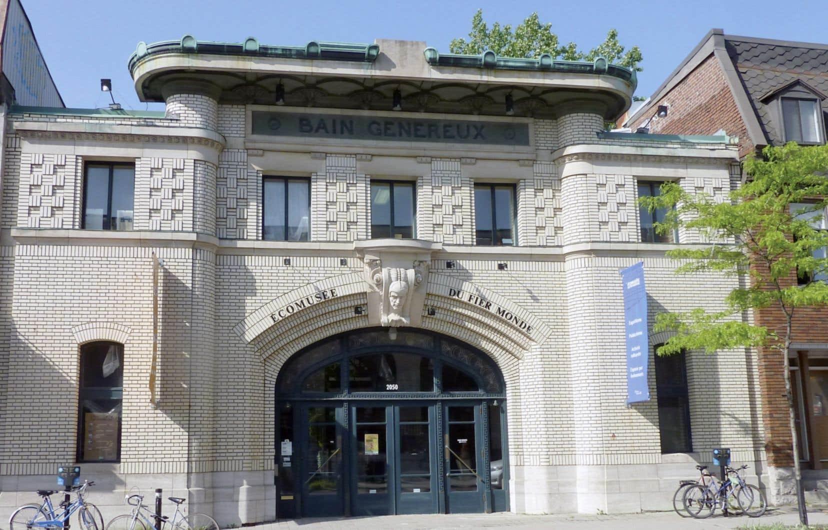 Plutôt que de voir le musée comme un bâtiment, l'Écomusée le conçoit comme un territoire en s'intéressant à ce qui se passe autour.