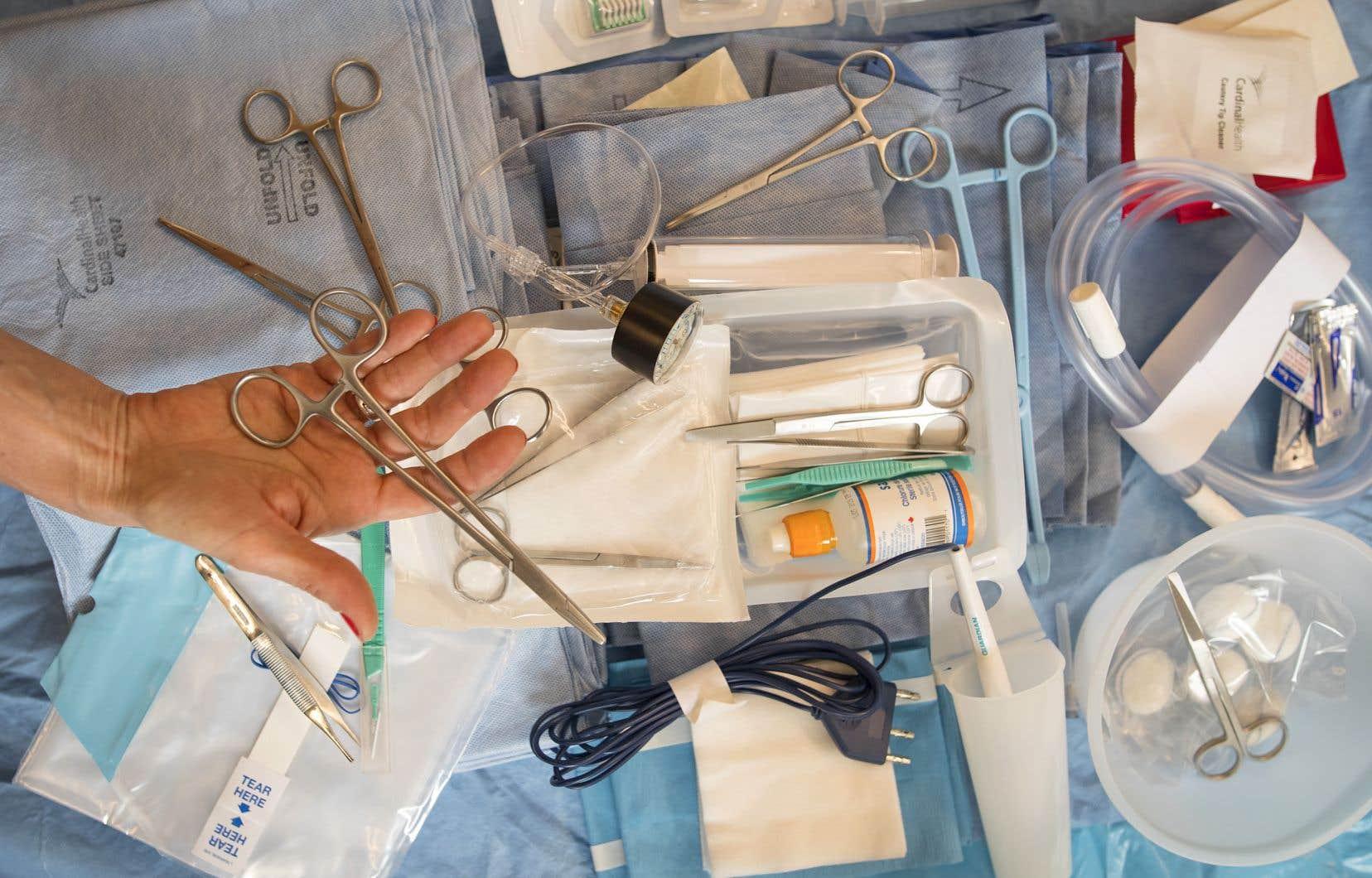 L'éventail des produits à usage unique utilisés dans les hôpitaux est très large, mais le ministère de la Santé ne peut fournir de portrait précis de la situation.