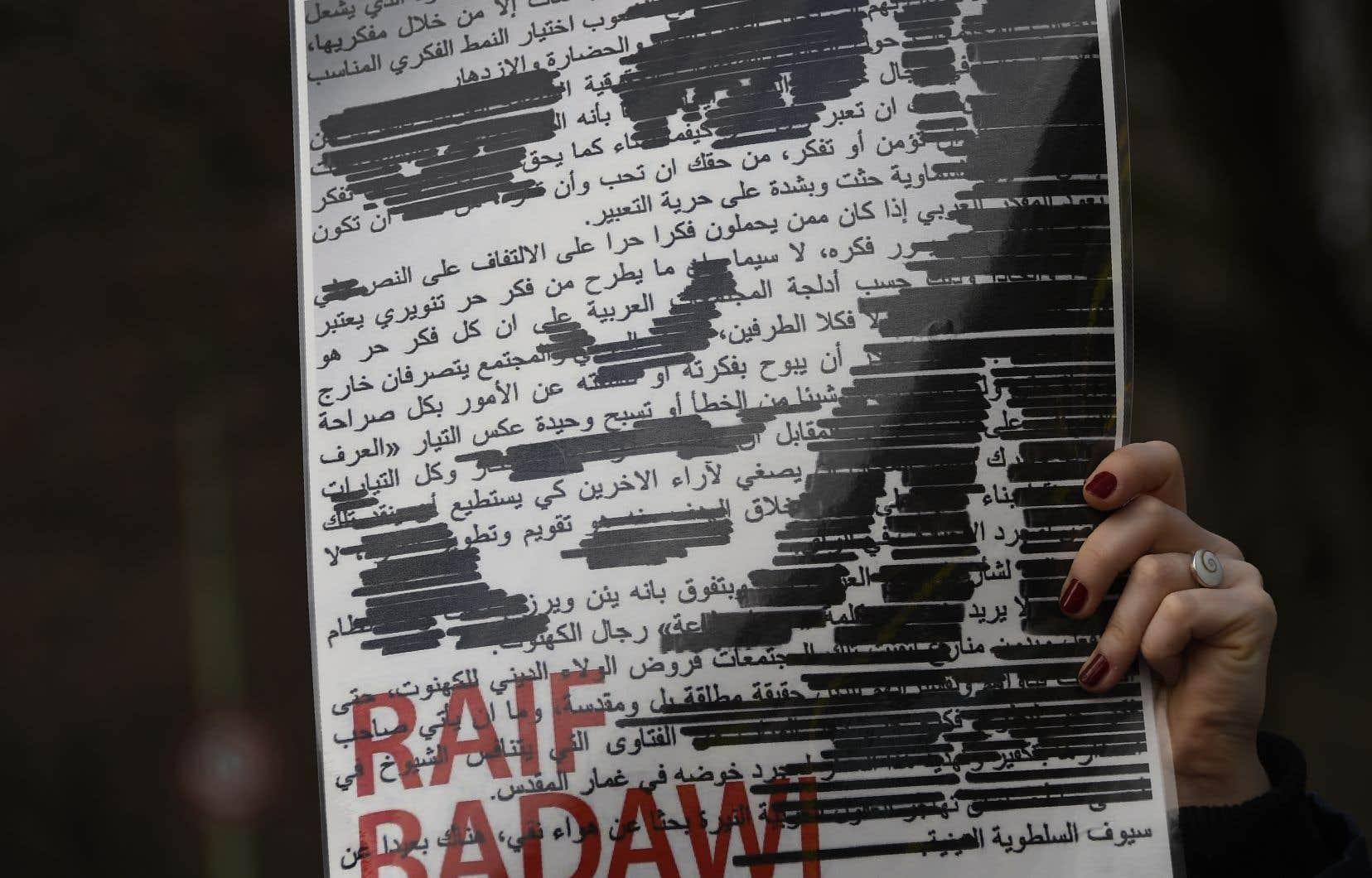 Accusé d'avoir publié des écrits critiques, Raïf Badawi avait été condamné à 10 ans de prison et à 1000 coups de fouet en juin 2012.