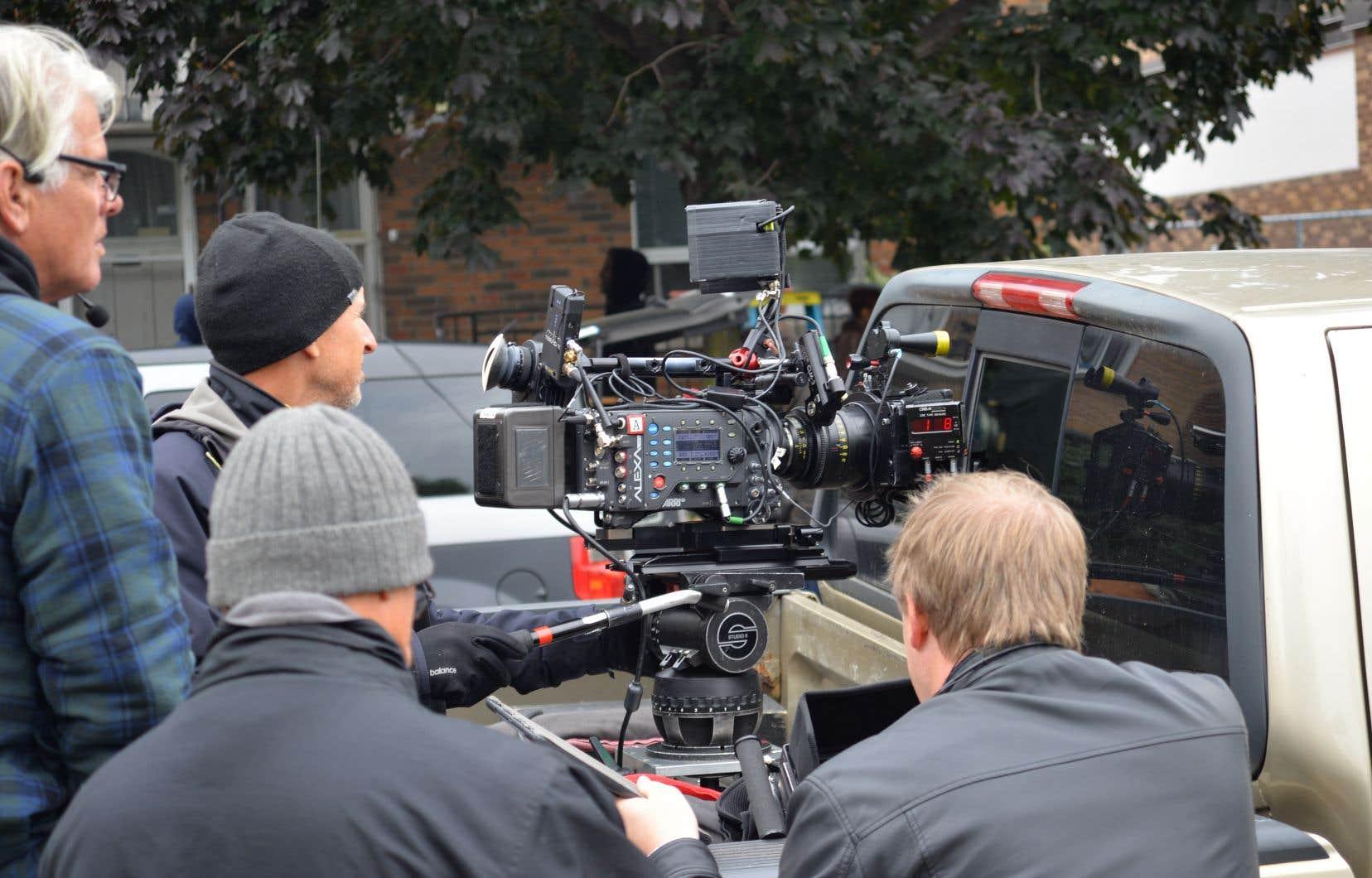Le contrat obligerait Netflix à investir dans les productions canadiennes.