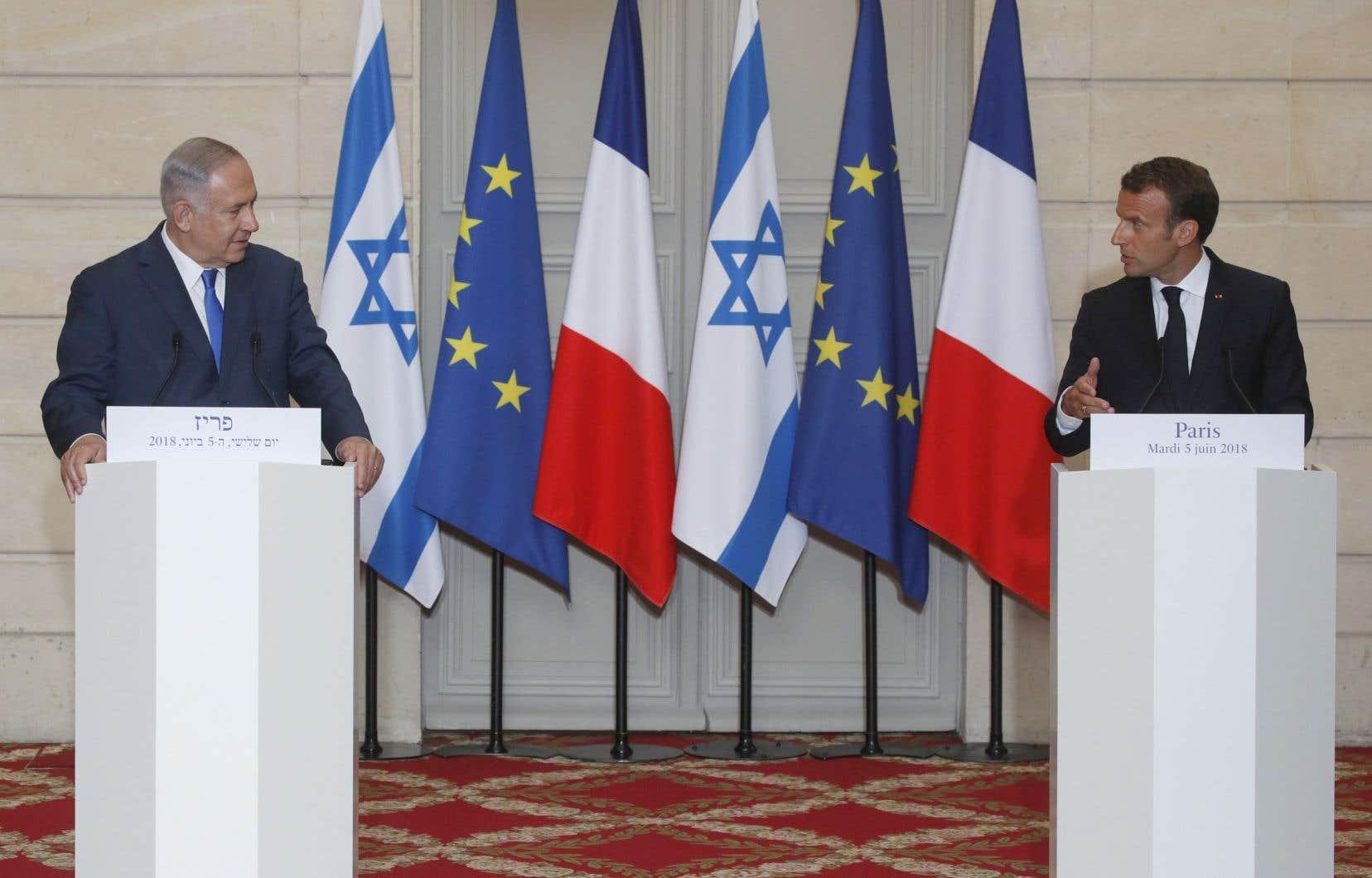 «J'invite tout le monde à stabiliser la situation et à ne pas céder à cette escalade parce qu'elle ne mènerait qu'à une chose, le conflit», a lancé Emmanuel Macron à l'issue d'un entretien avec M.Nétanyahou à l'Élysée.