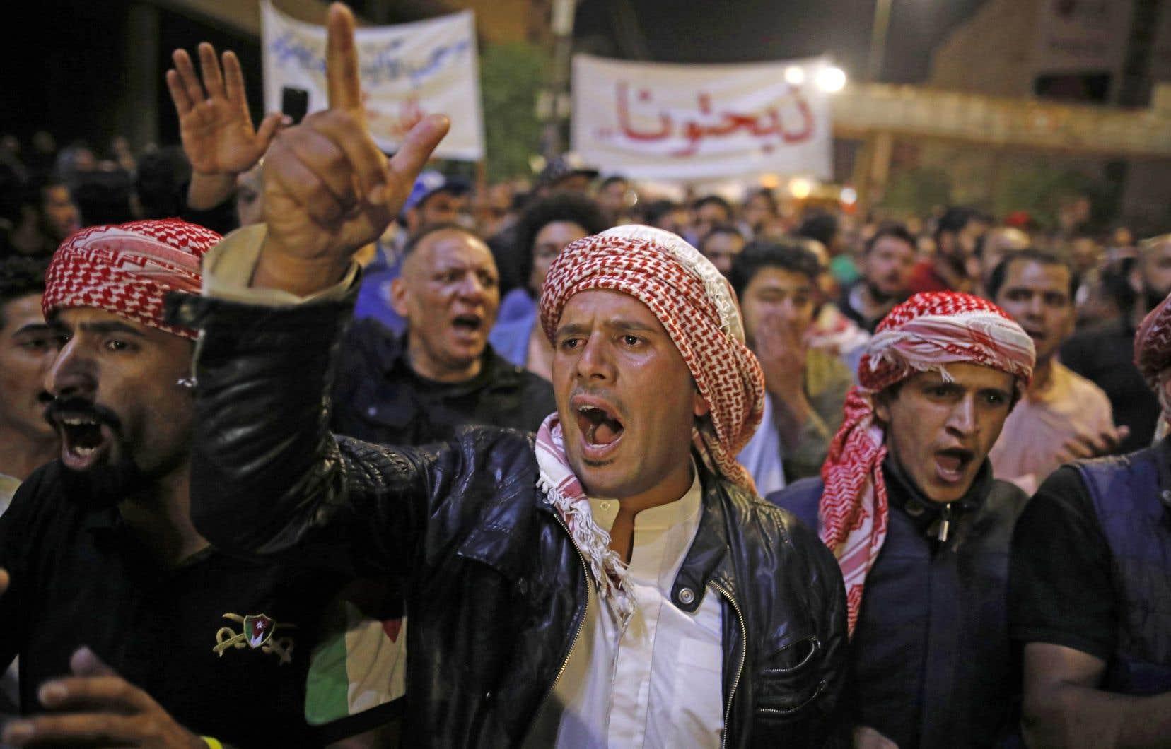 Des manifestations se déroulaient à Amman, mardi, après la rupture du jeûne du ramadan, comme tous les jours depuis sept jours.