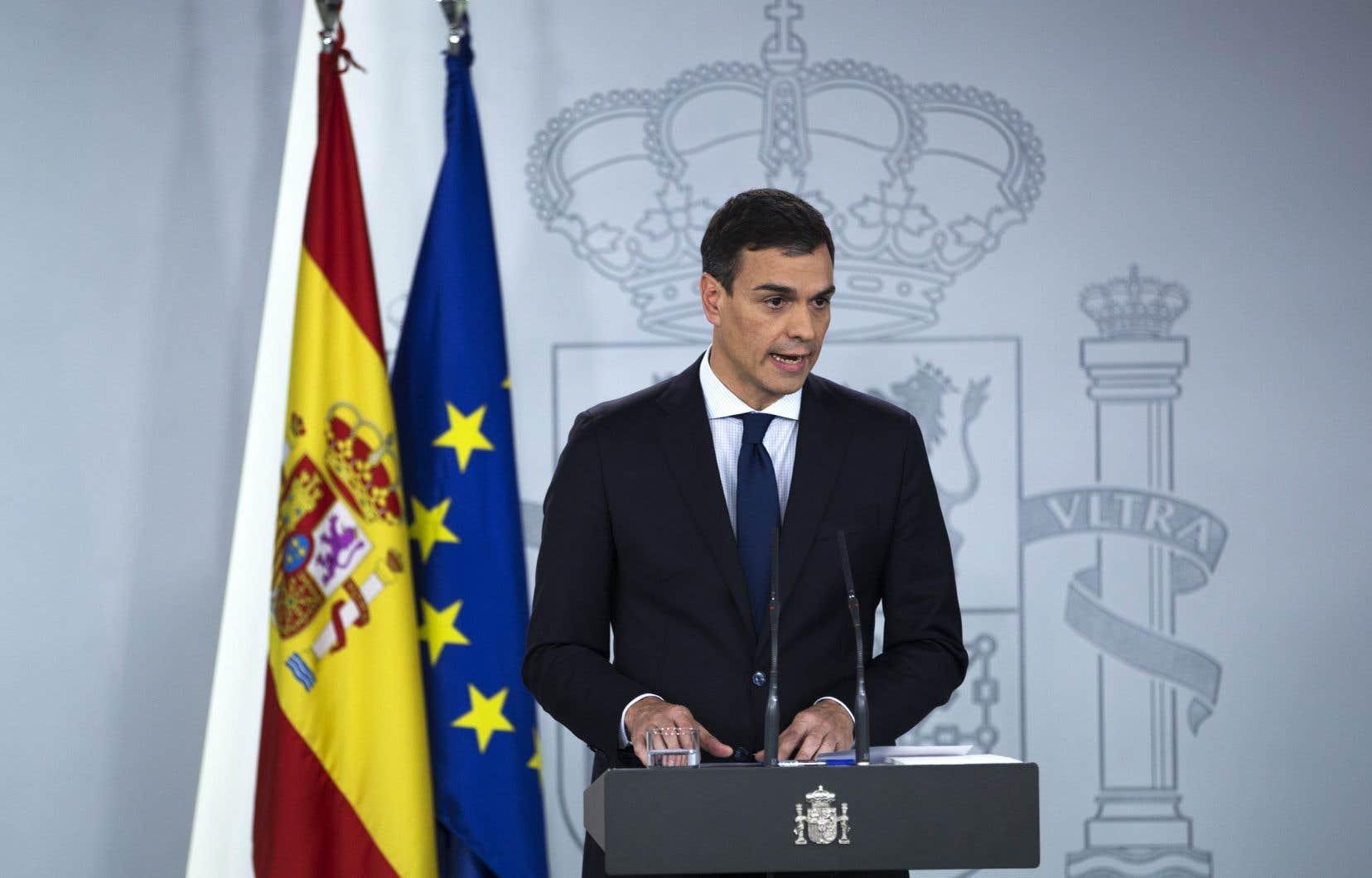 Le premier ministre espagnol, Pedro Sánchez, fait l'annonce de son nouveau cabinet, majoritairement féminin.