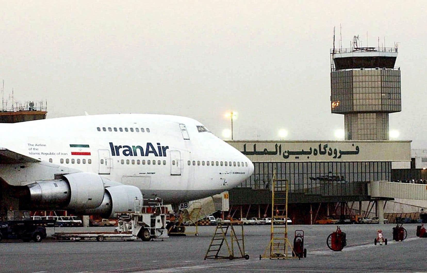 Un Boeing 747 d'Iran Air à Téhéran