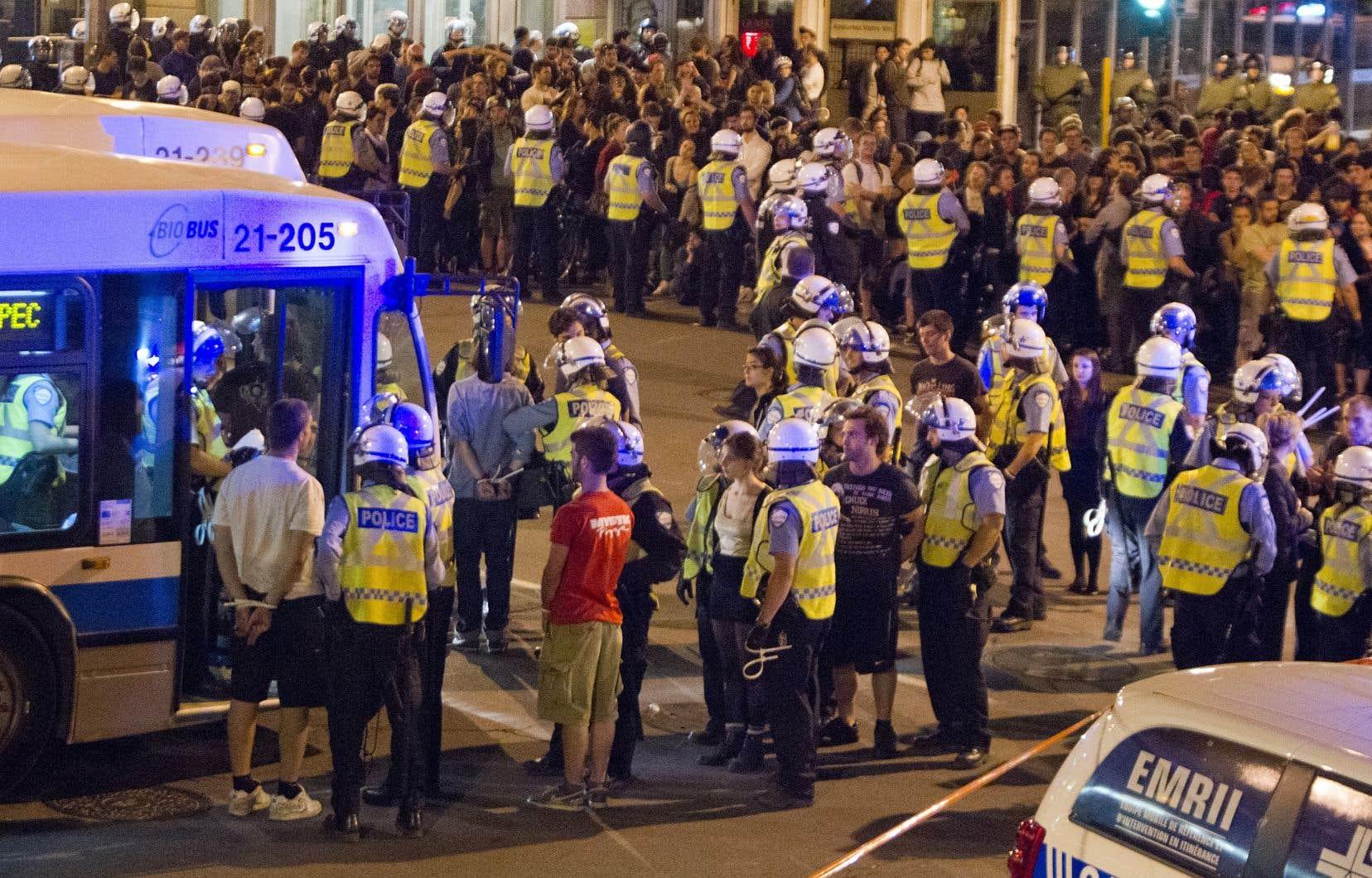 Amnistie internationale et la Ligue des droits et libertés disent avoir eu l'assurance des forces policières qu'il n'y aurait pas d'arrestations de masse en «souricière» à Québec.