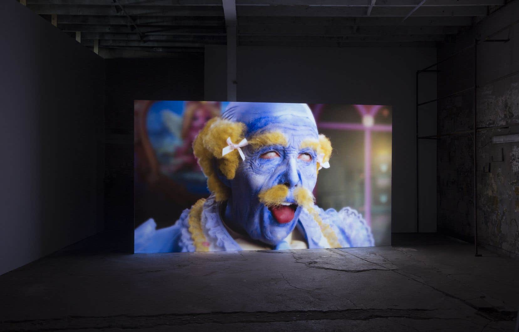 Rachel Maclean, «The State of Happiness» à Vie d'ange