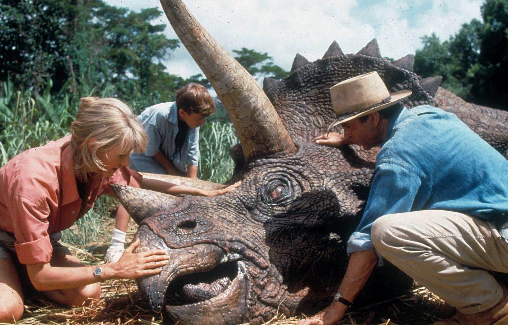 Forte d'une campagne promotionnelle redoutable et d'effets spéciaux novateurs, cette superproduction sortie le 11 juin 1993 ramena le cinéaste Steven Spielberg au sommet.