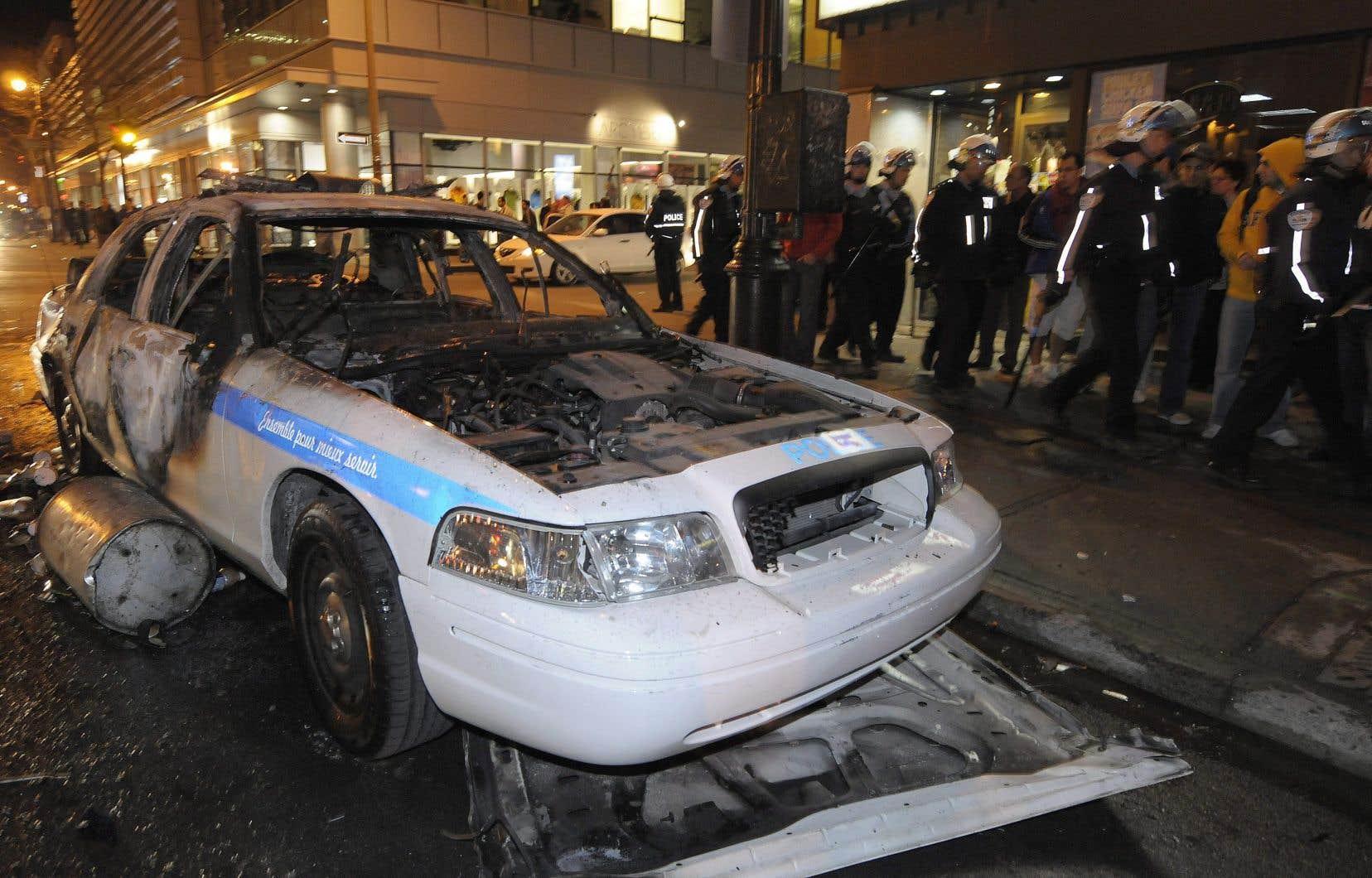Le 21avril 2008, neuf voitures de police ont été totalement détruites par des émeutiers.