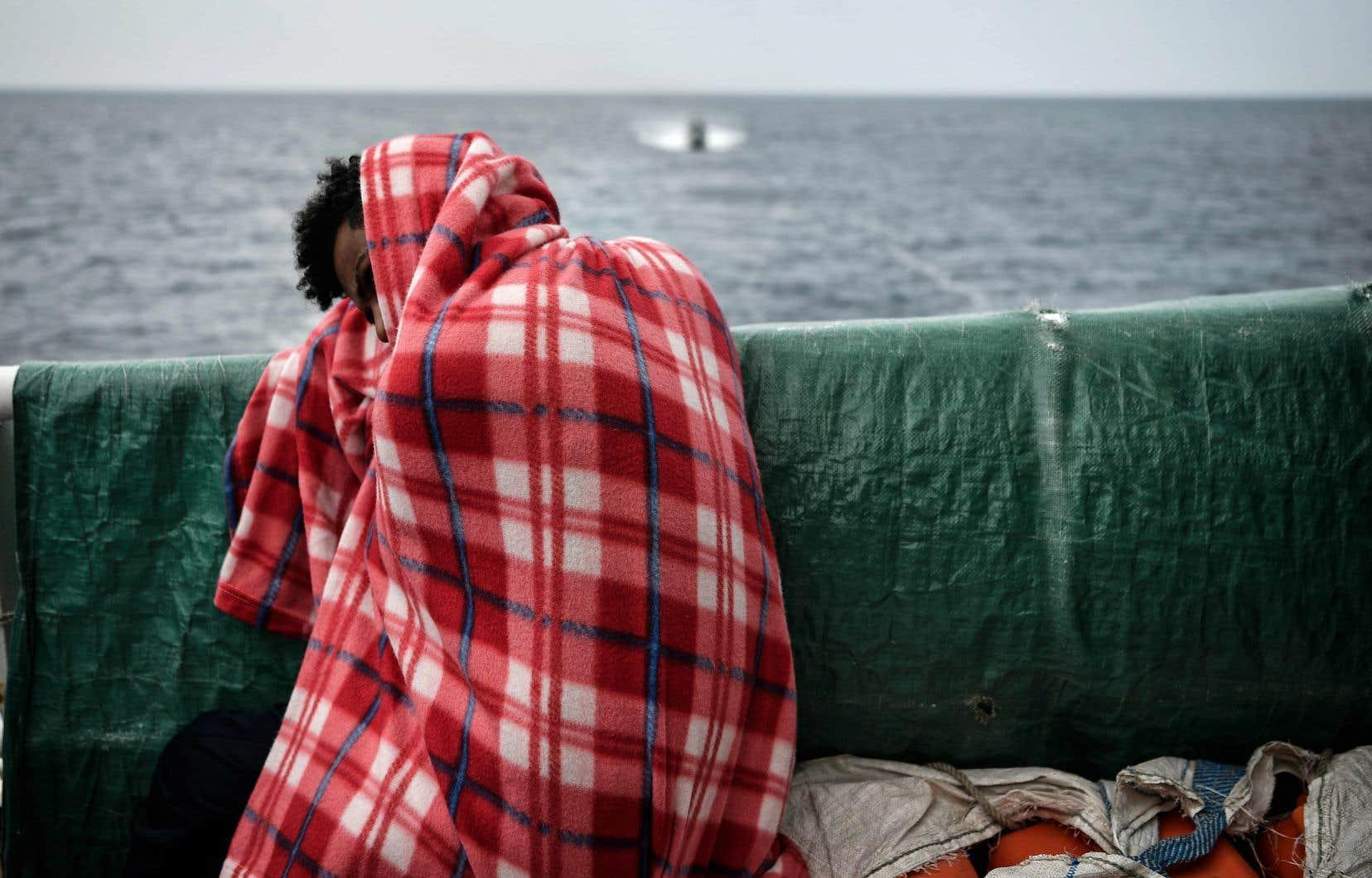 Des migrants ont été secourus au cours de six opérations distinctes en Méditerranée centrale dans la nuit de samedi à dimanche.