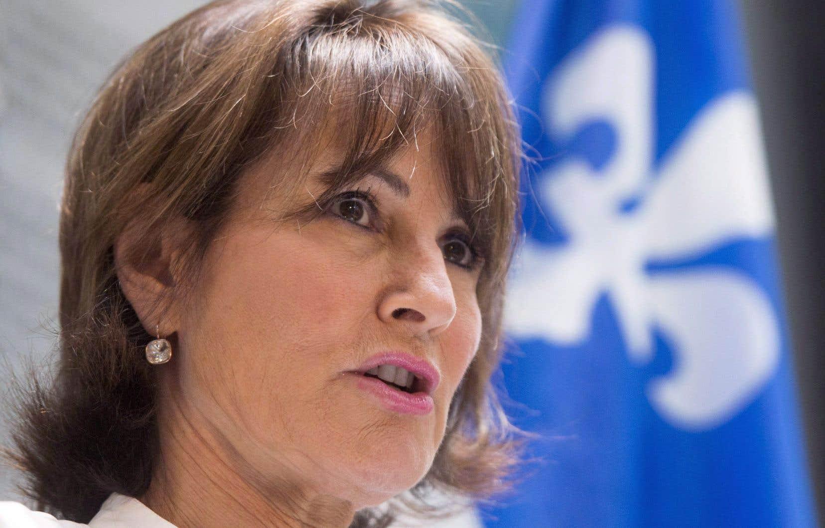 <p>La ministre Kathleen Weil est tenue responsable d'avoir divulgué l'entièreté du projet de loi sur l'accès à l'information à des journalistes avant même qu'il ne soit déposé en Chambre.</p>