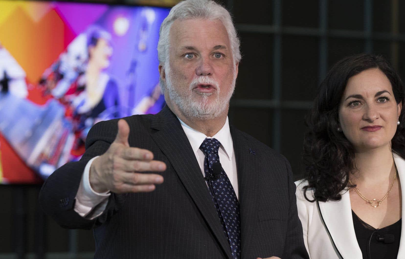 Le premier ministre Philippe Couillard et sa ministre de la Culture, Marie Montpetit, ont présenté la politique culturelle du Québec.