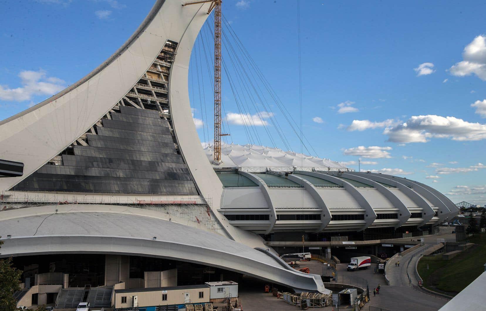La participation de Montréal au tournoi de la Coupe du monde de 2026 dépend de l'avancement des travaux sur le toit du Stade olympique. Tous les matchs en sol montréalais s'y dérouleraient.
