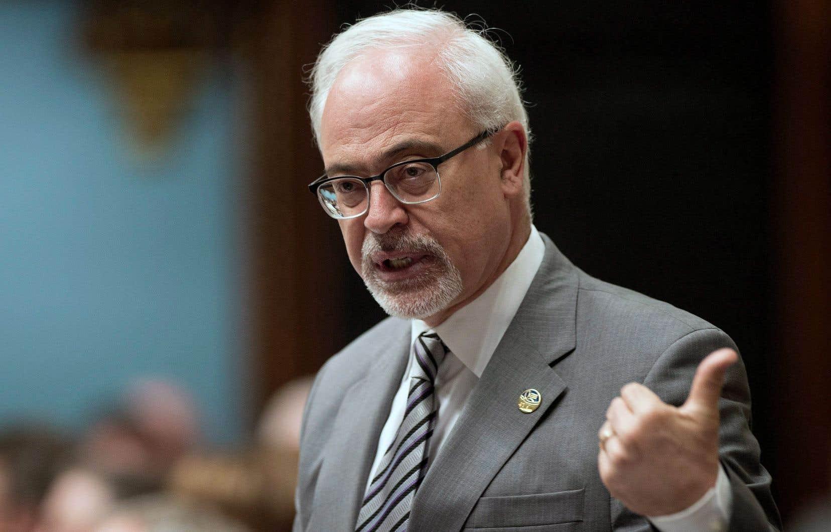 Le ministre des Finances, Carlos Leitão, avait mis de l'eau dans son vin la semaine dernière afin de calmer la grogne sur certains aspects du projet de loi qui ne faisaient pas consensus.