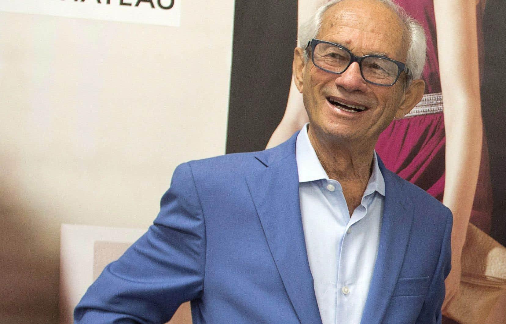 L'équipe de M.Segal, qui est également le plus important actionnaire du marchand de thé, a reçu l'appui de 54% des actionnaires de David'sTea.