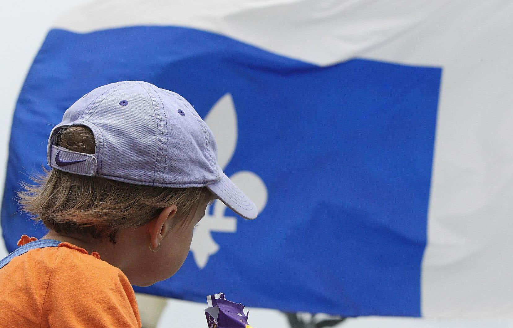 Selon le politologue Alain Noël, «historiquement, au Québec comme ailleurs, la social-démocratie a aussi bénéficié de son association avec l'affirmation d'une identité nationale».