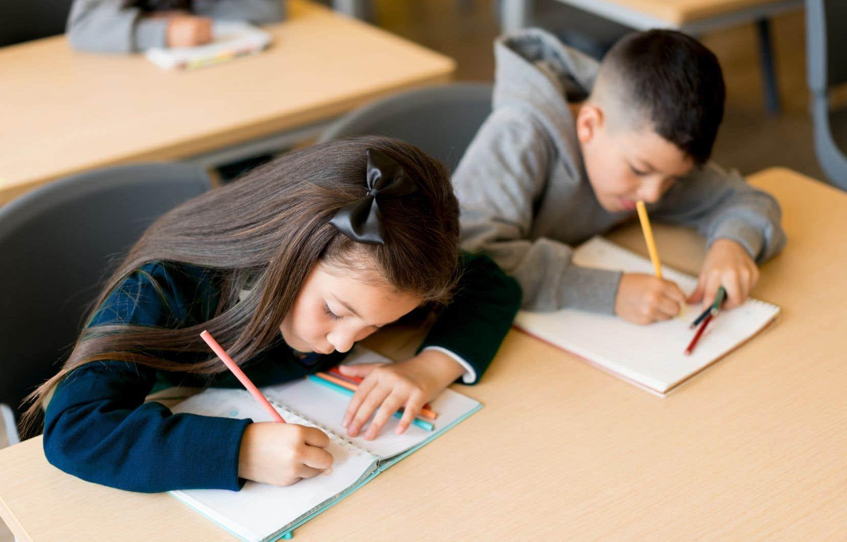 Les commissions scolaires et les directions d'établissement parviennent mal à déterminer ce qui doit être gratuit et ce qui doit être payé par les parents en vue de la prochaine année scolaire.