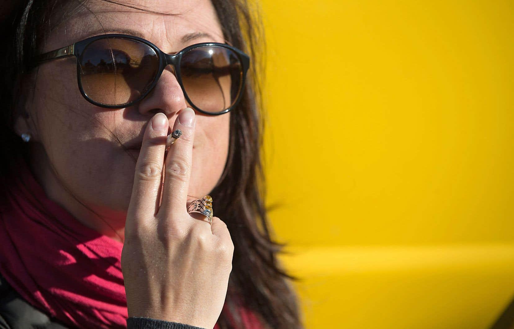 Consommer de la marijuana au Canada continuera d'être illégal jusqu'au 17 octobre.