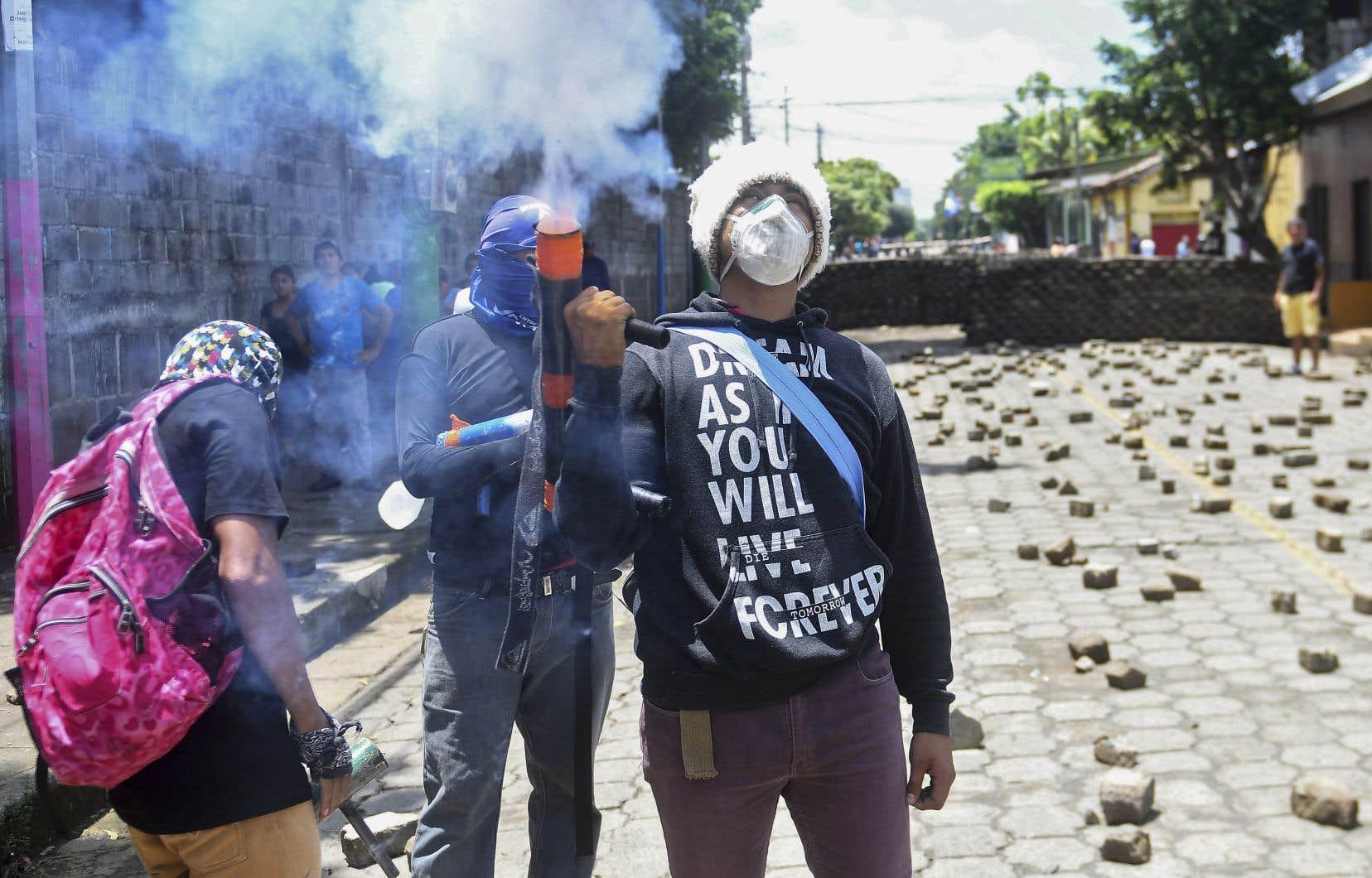 Depuis le 18avril, quand ont éclaté les premières manifestations, le Centre nicaraguayen des droits de l'homme (CENIDH) a dénombré 187 morts et plus de 1000 blessés.
