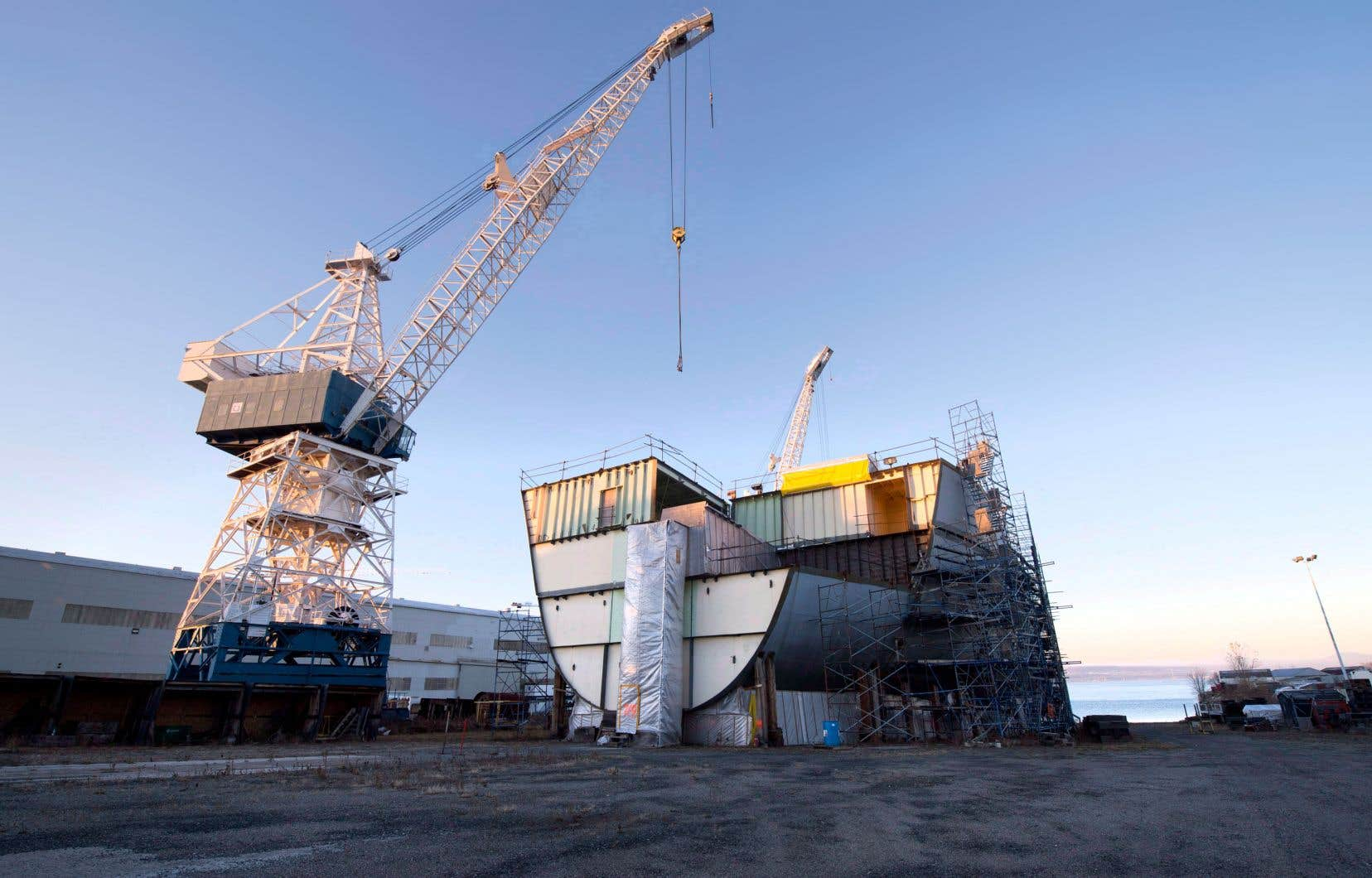 À l'origine, Davie avait proposé à la Garde côtière un quatrième navire de plus grande taille, mais ce volet du projet n'a pas été retenu.