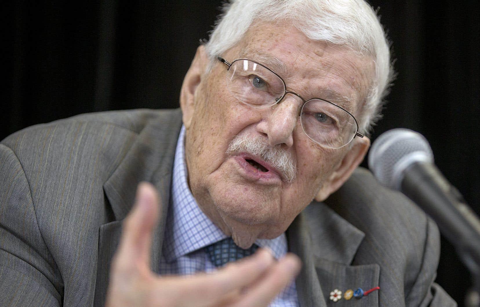 Paul Gérin-Lajoie a été le tout premier ministre de l'Éducation du Québec, de 1964 à 1966.