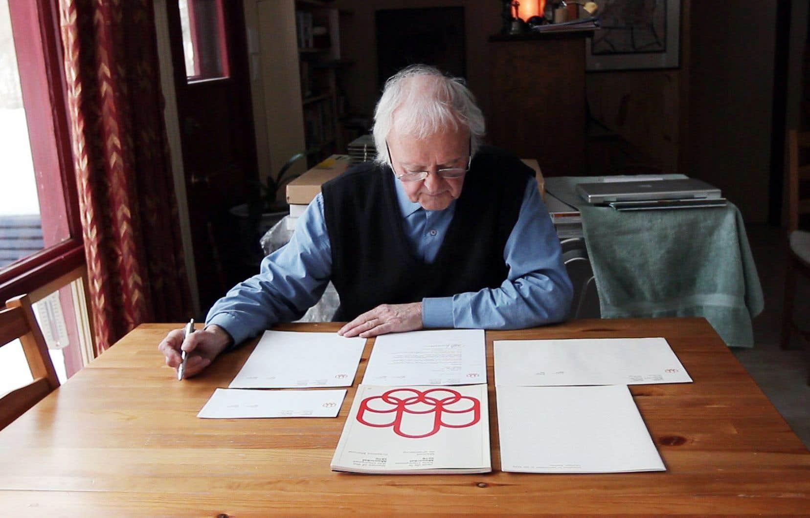 Le graphiste Pierre-Yves Pelletier a notamment participé artistiquement à l'organisation des Jeux olympiques d'été de 1976.