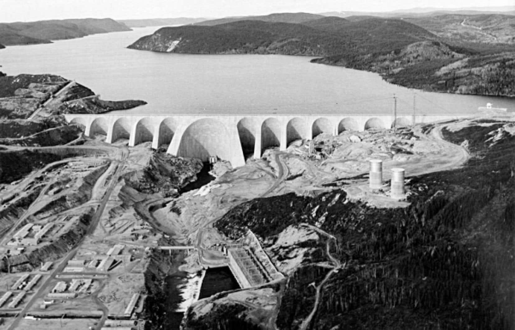 Le chantier de Manic-5 au milieu des années 1960