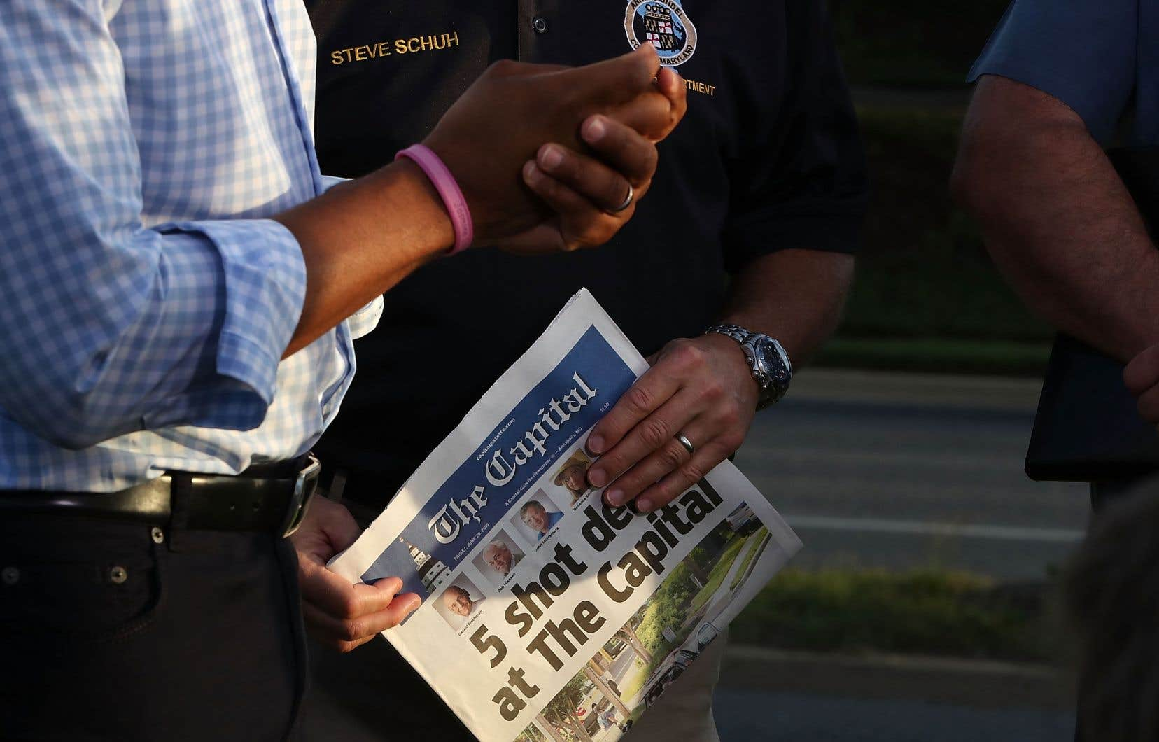 Les rescapés du drame ont tenu jeudi soir à publier une édition du journal pour rendre hommage à leurs collègues tués.