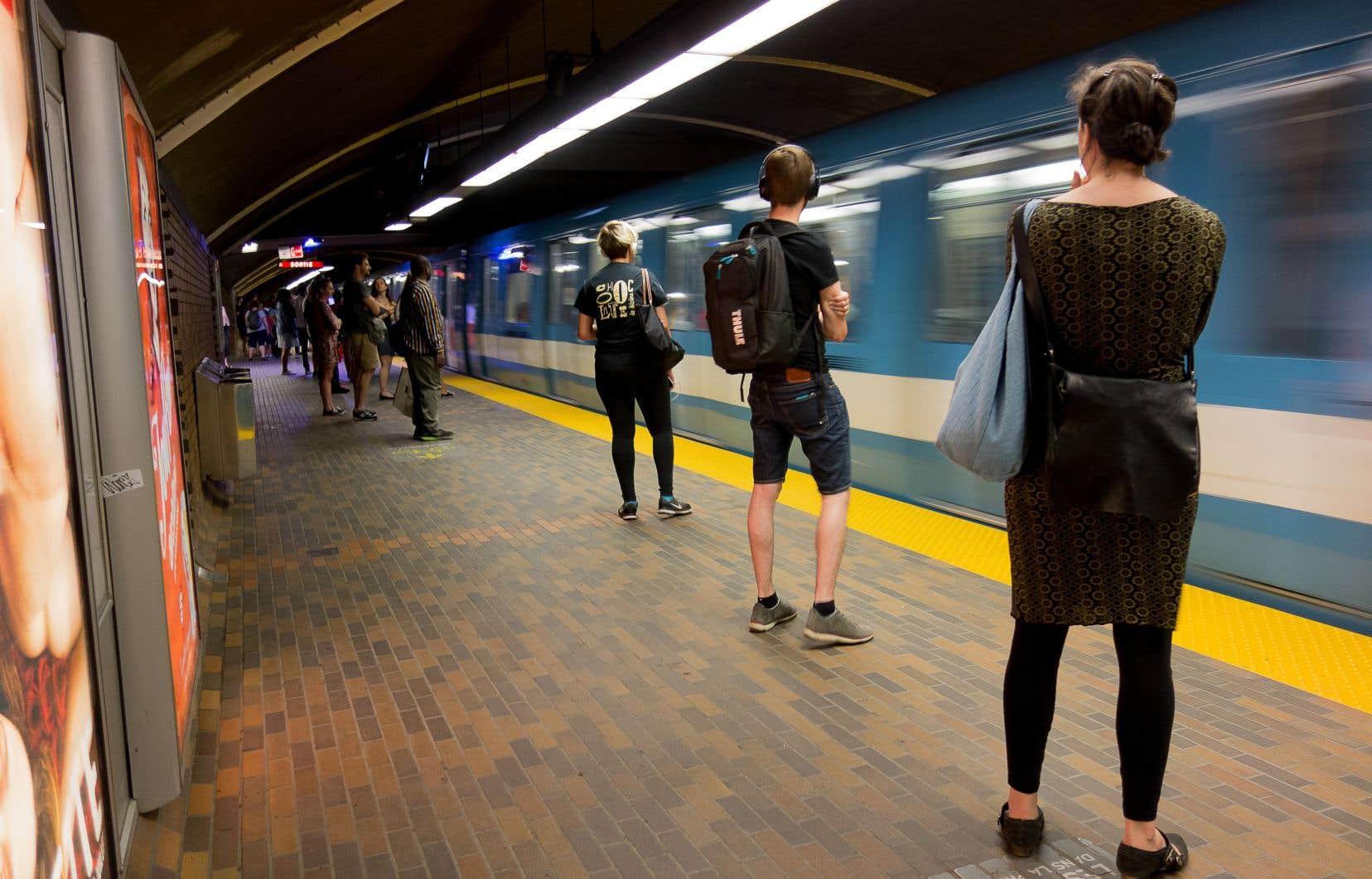 Parmi la liste des priorités fournie par l'ARTM on retrouve notamment le prolongement des lignes de métro jaune et orange, ainsi que la création de la ligne rose proposée par Projet Montréal.