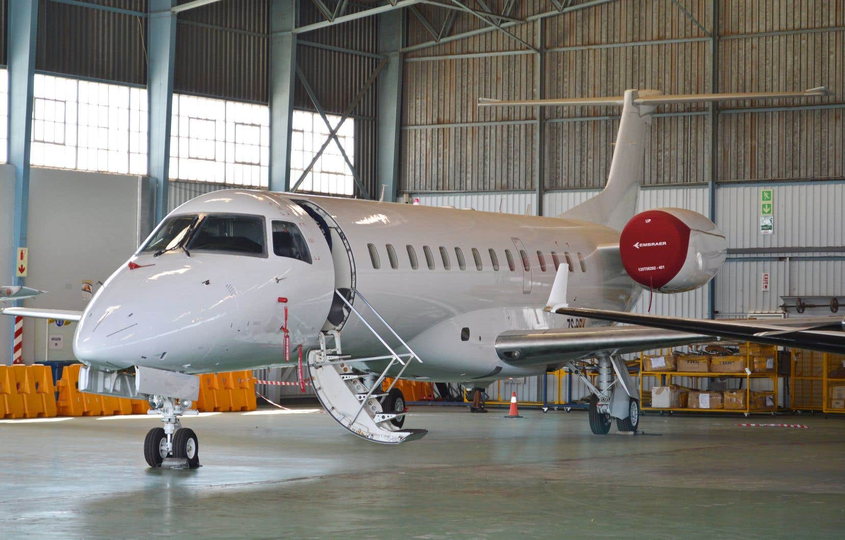 Embraer est un des joyaux industriels du Brésil avec non seulement une gamme d'avions civils et militaires, mais encore de jets d'affaires.