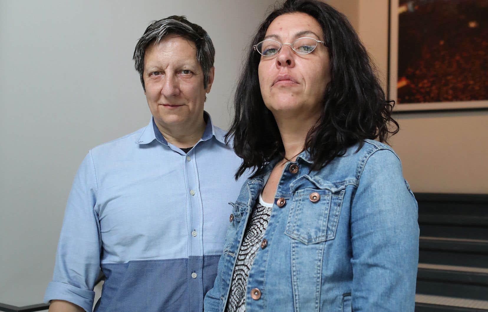 Selon l'auteur, Robert Lepage est un maître de l'appropriation artistique. Sur la photo, le metteur en scène est accompagné de l'artiste Betty Bonifassi.